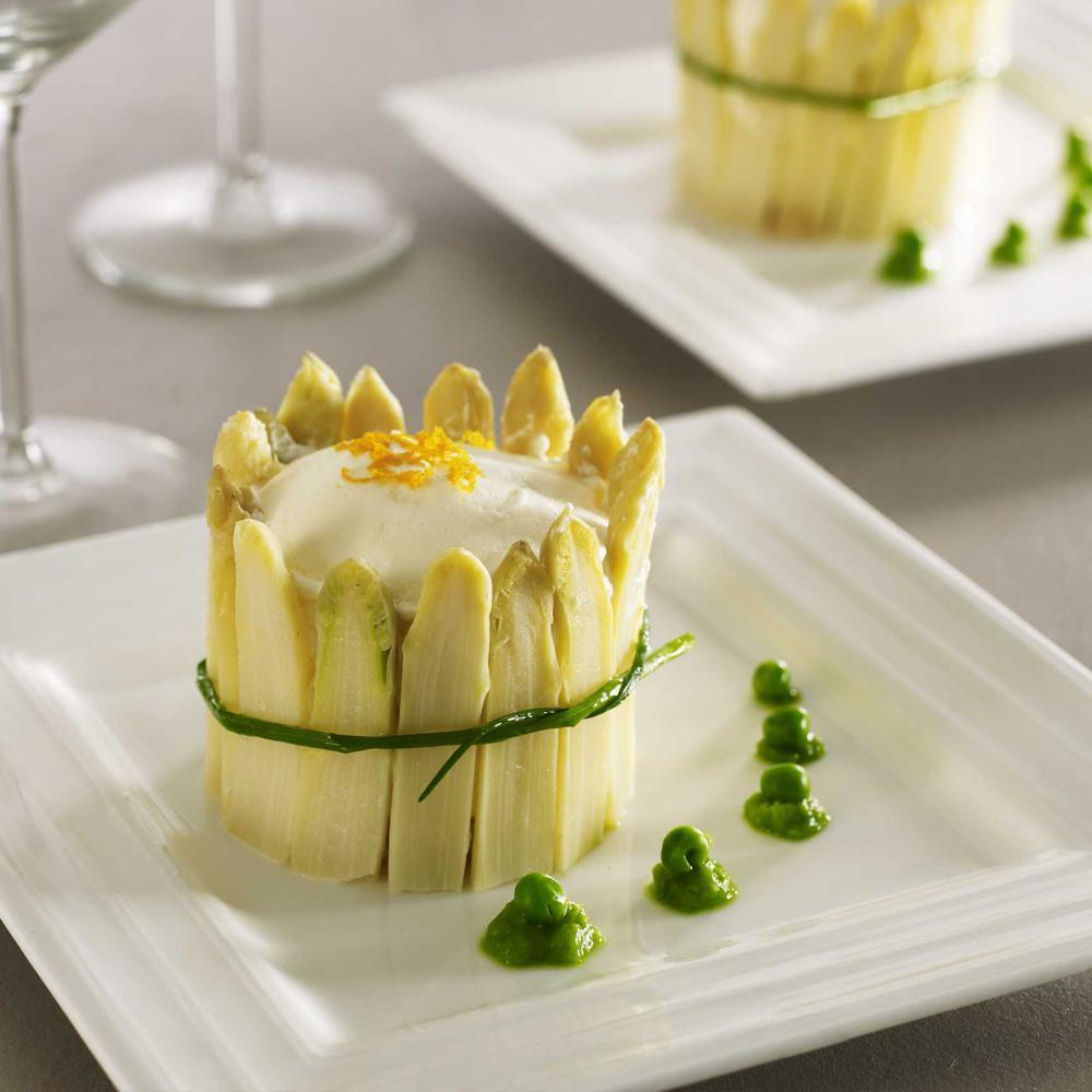 Charlotte d asperges mulsion de parmesan r my giraud for Entree gastronomique facile