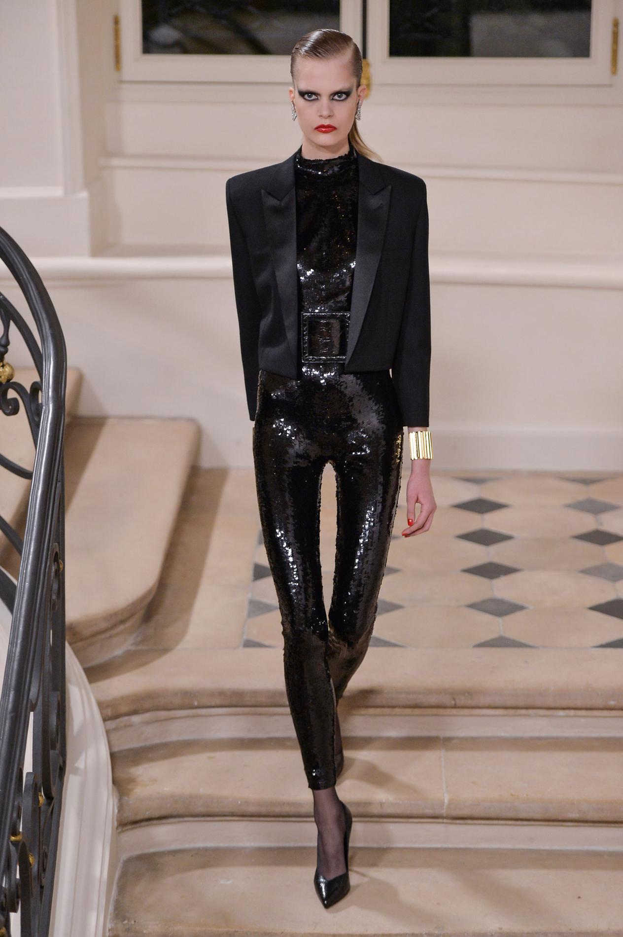 saint laurent dior lanvin les d fil s les plus attendus de la fashion week de paris madame. Black Bedroom Furniture Sets. Home Design Ideas