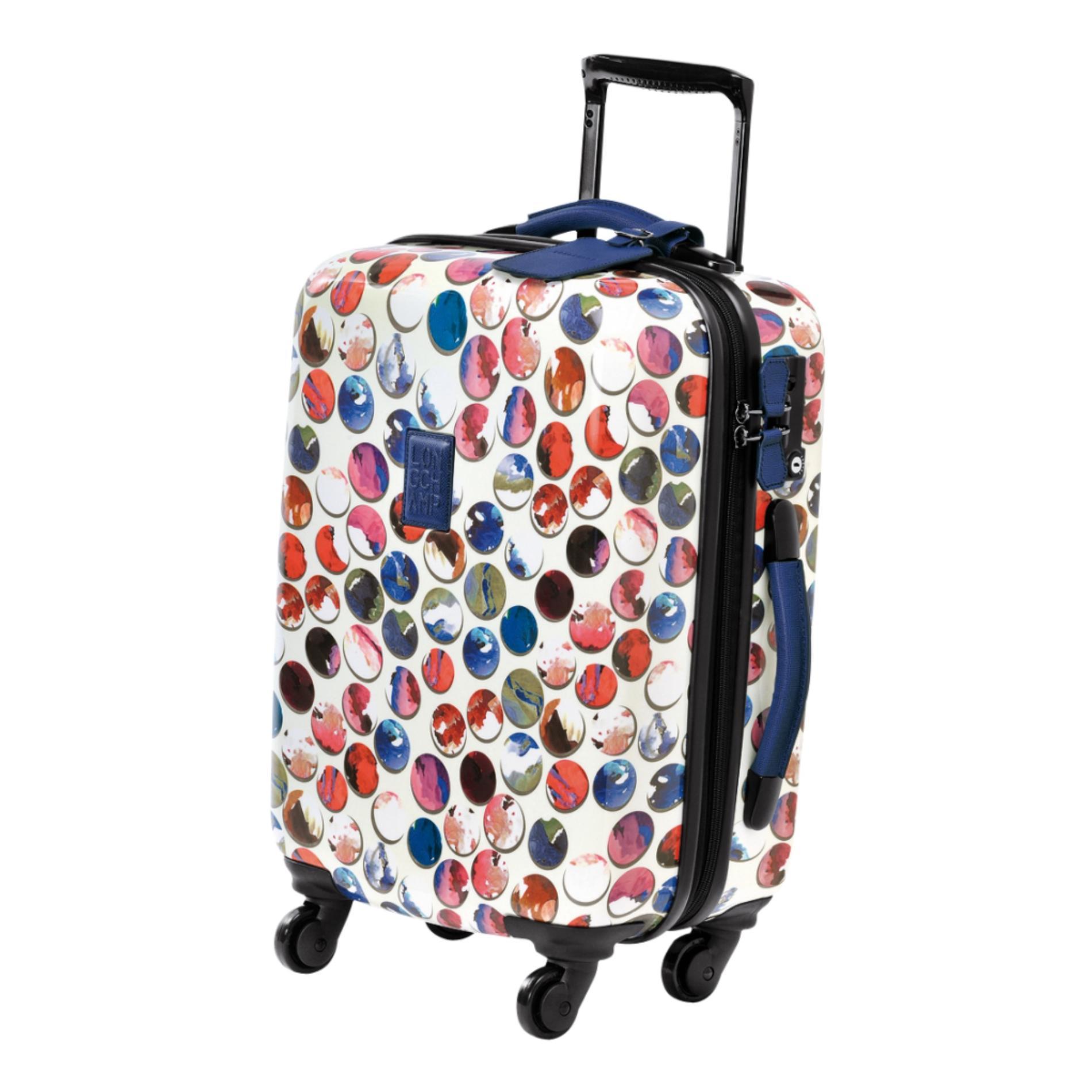 quelle valise cabine chic pour un week end vasion madame figaro. Black Bedroom Furniture Sets. Home Design Ideas
