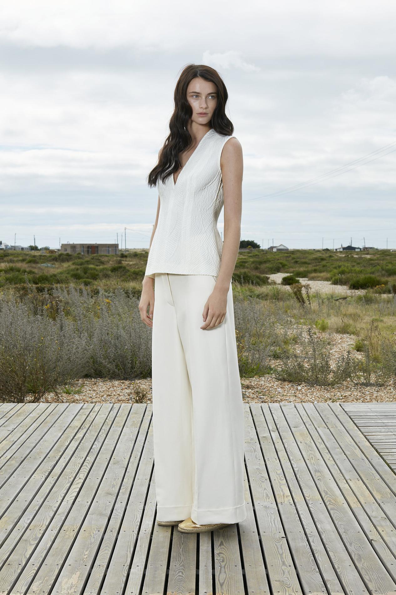 Sarouel chic pour mariage for Robes violettes plus la taille pour les mariages