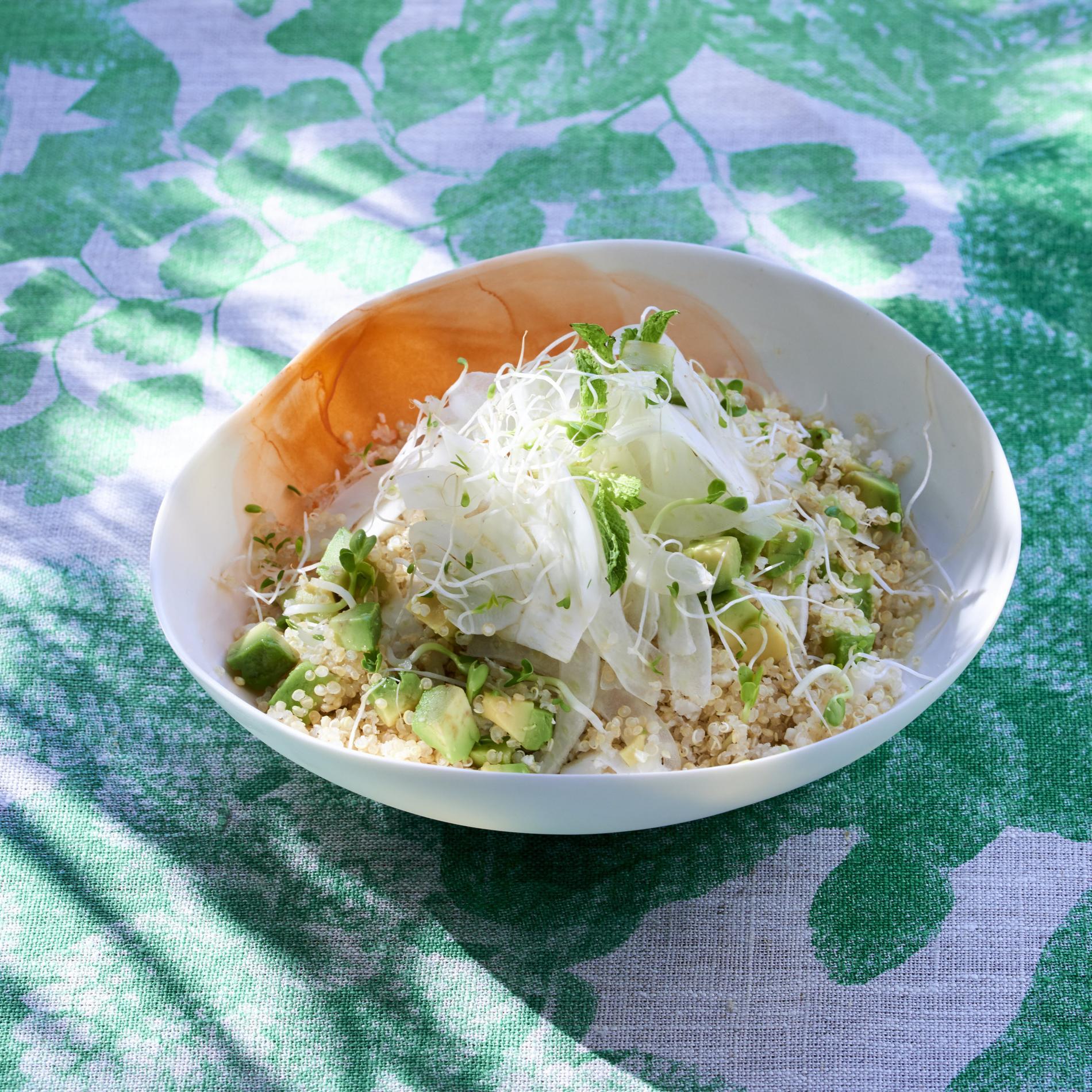 Recette salade vivante au quinoa cuisine madame figaro for Cuisine quinoa