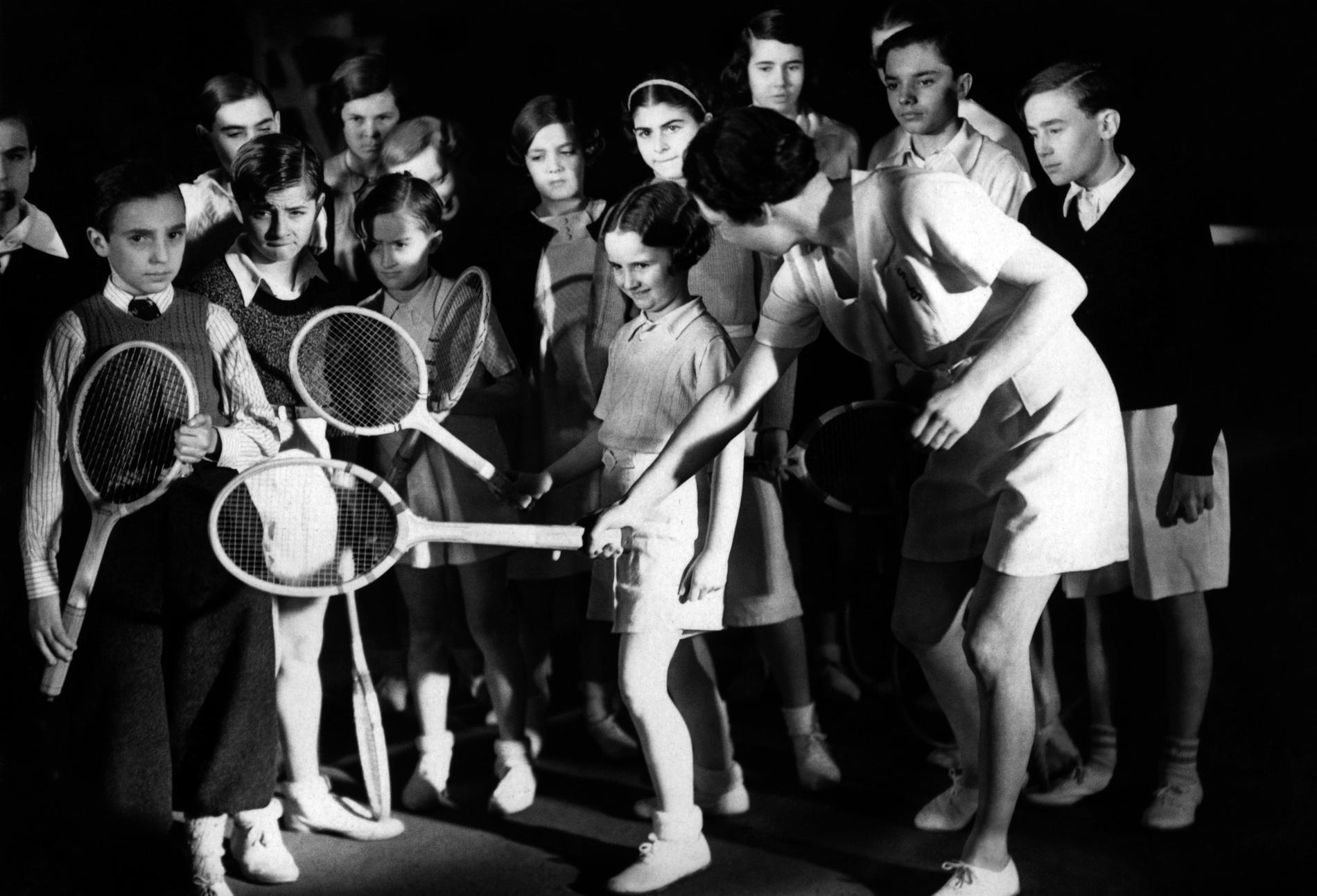 Qui était Suzanne Lenglen pionni¨re du tennis féminin