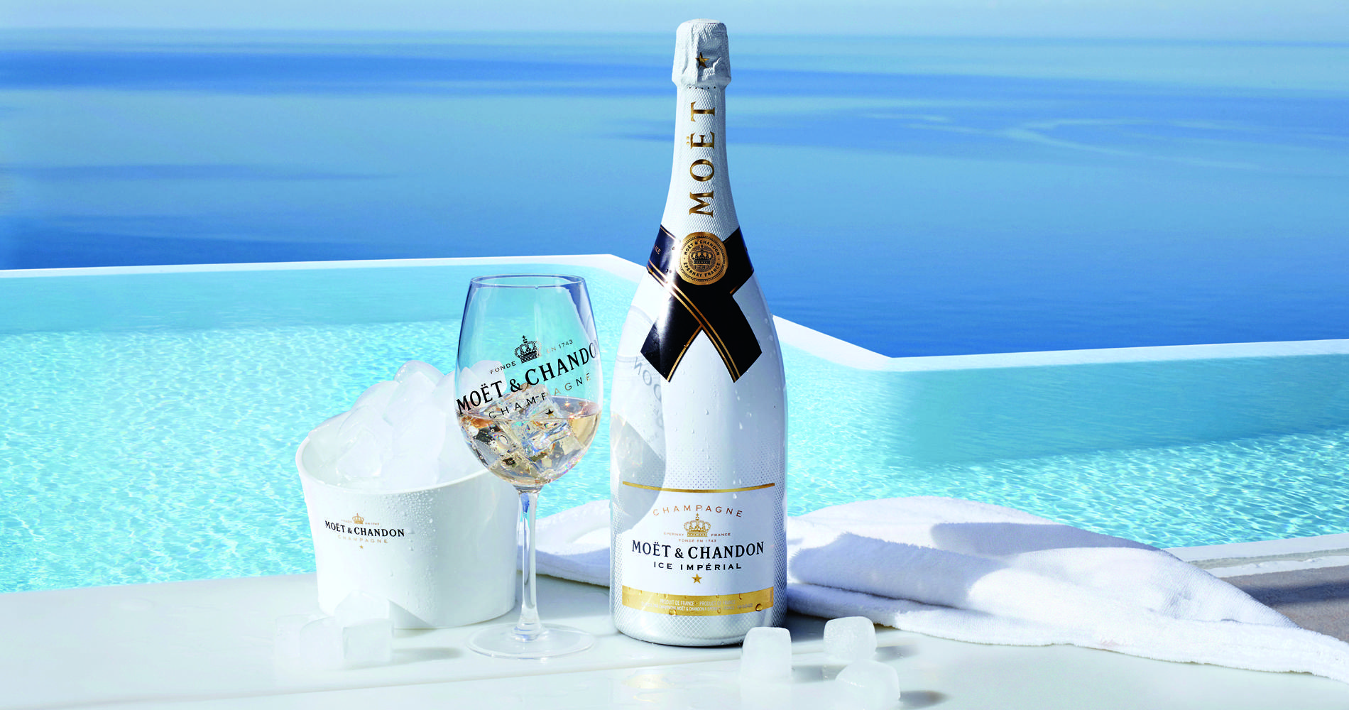 Mettez des gla ons dans votre champagne cuisine for Piscine de champagne