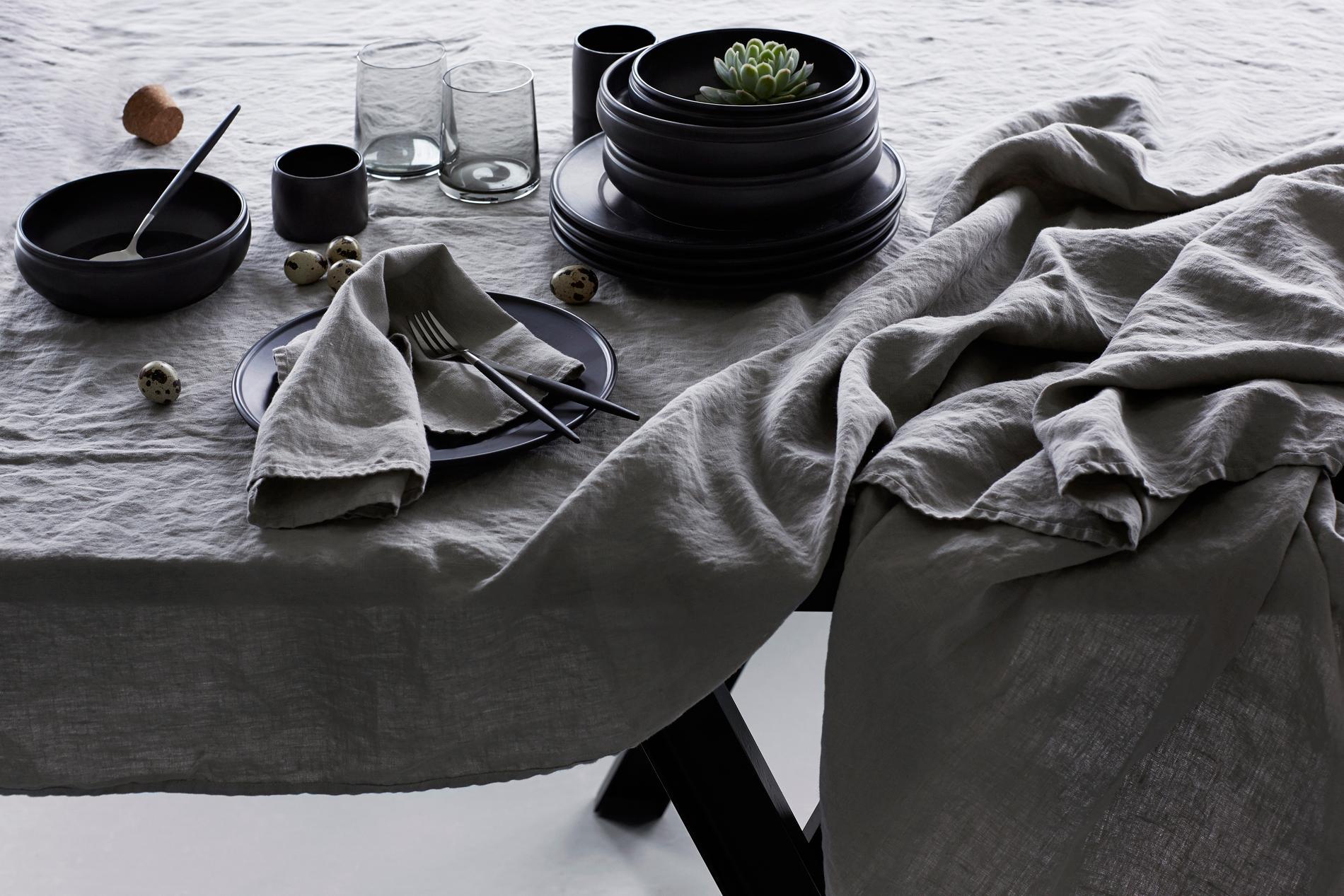 chic et colo correct le lin habille tous nos int rieurs. Black Bedroom Furniture Sets. Home Design Ideas