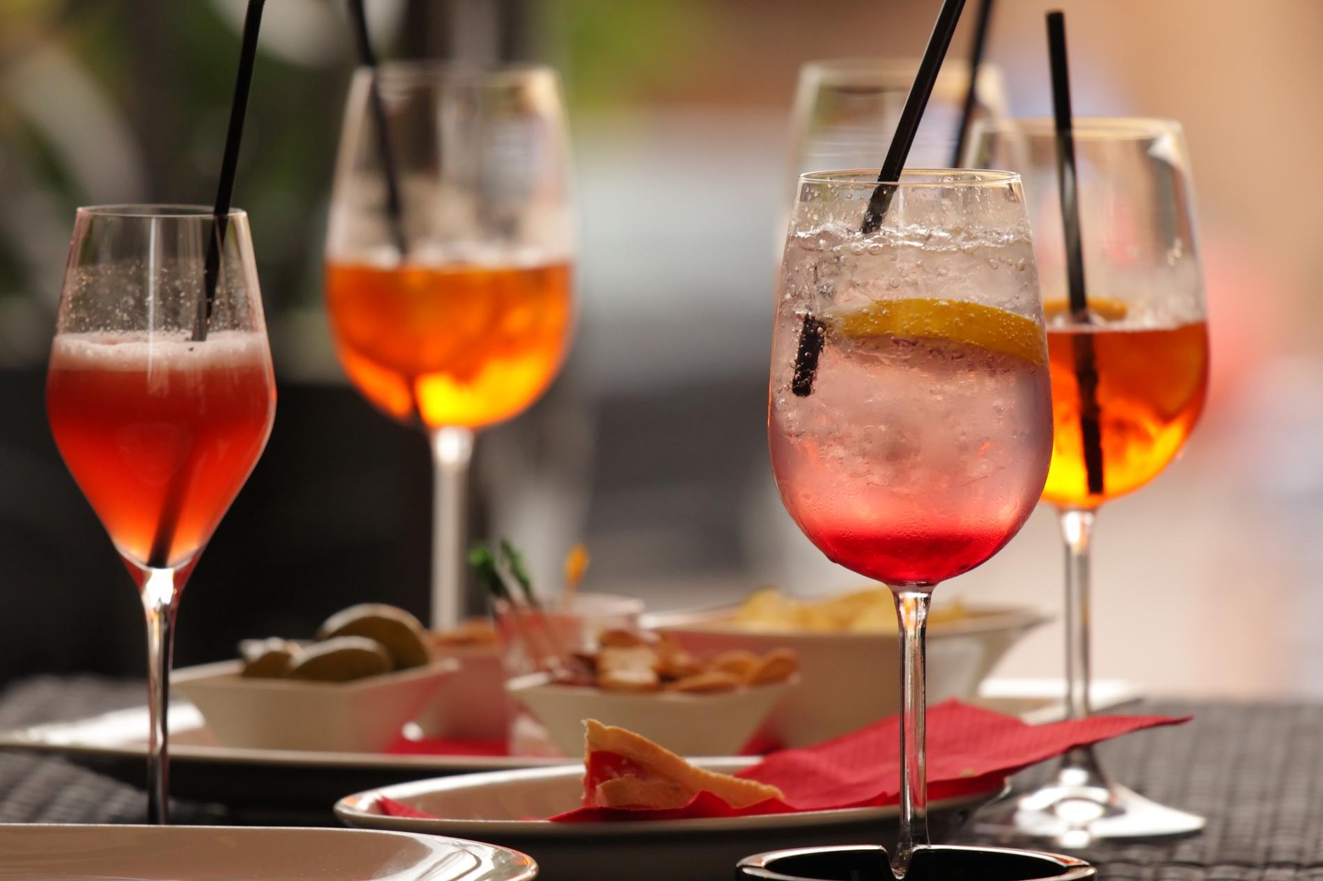 Cocktails attention ceux qui p sent lourd sur la for Cocktail apero