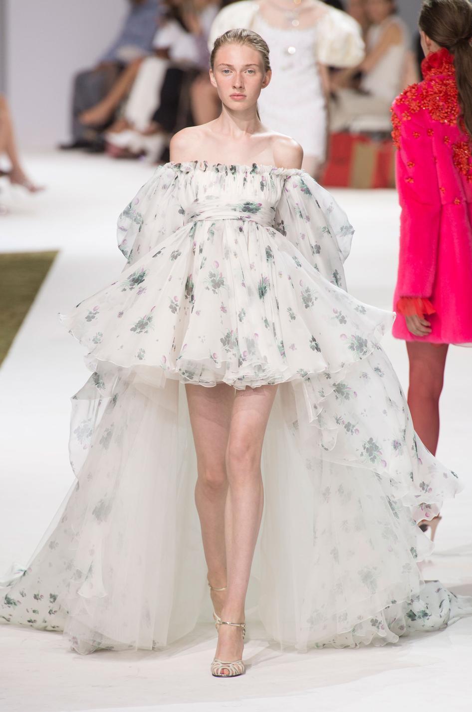 Préférence Fashion Week : des robes dignes d'un rêve haute couture - SC63