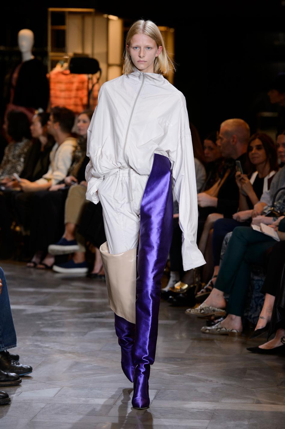 Cuissardes Couture Les À Week De Fashion Haute Conquête La SvqEPn8Rn