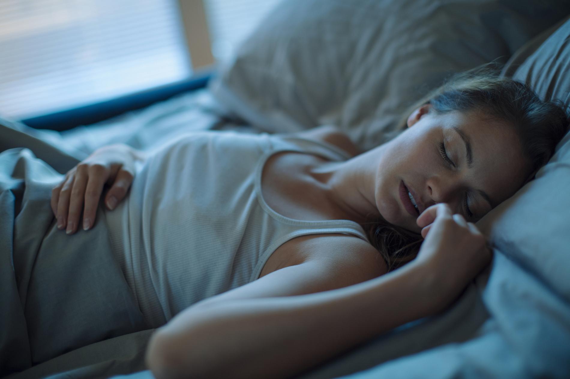 Sexe avec une fille endormie vidéo