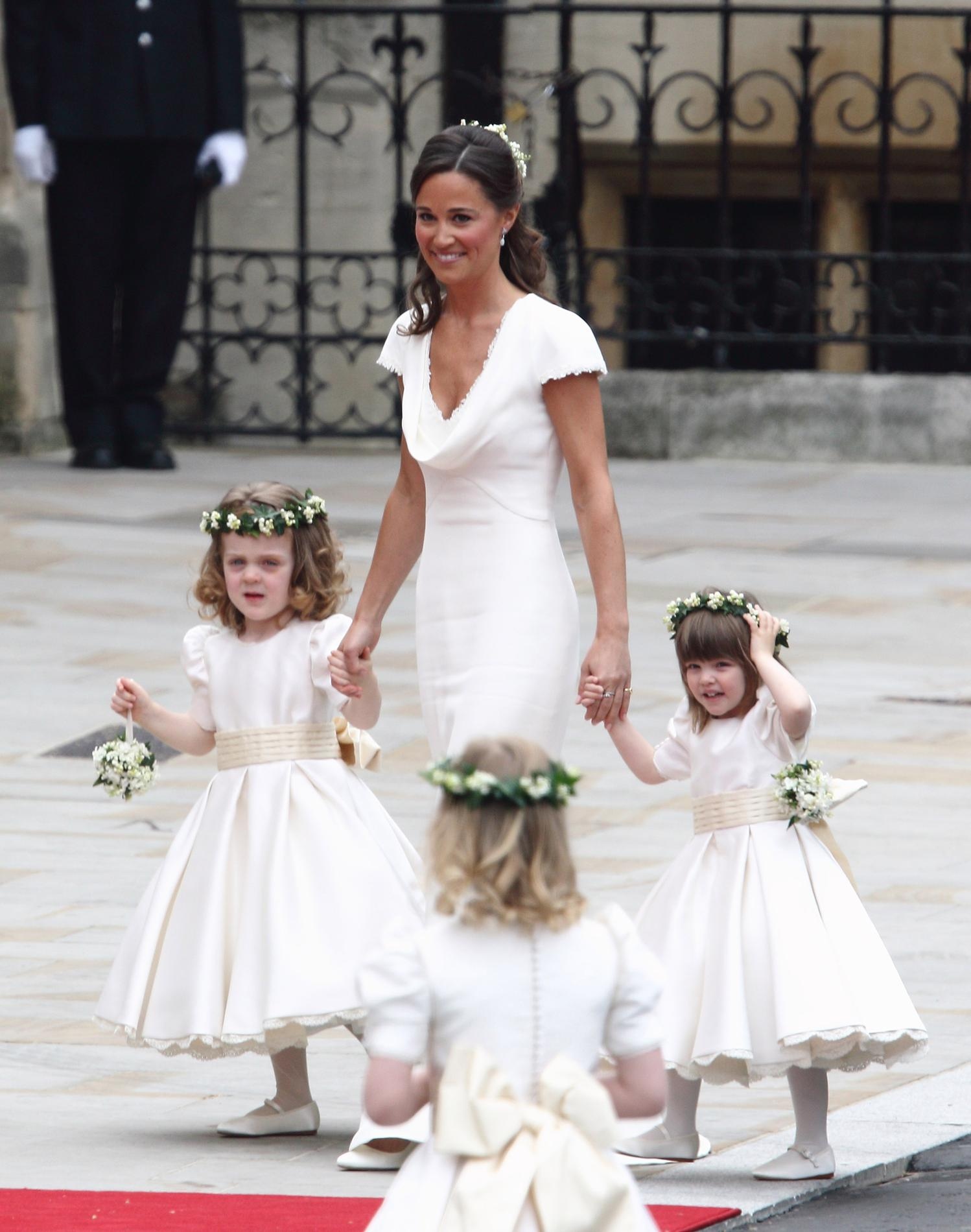 Le portrait,robot de la robe de mariée de Pippa Middleton. (Londres, 29  avril 2011.)