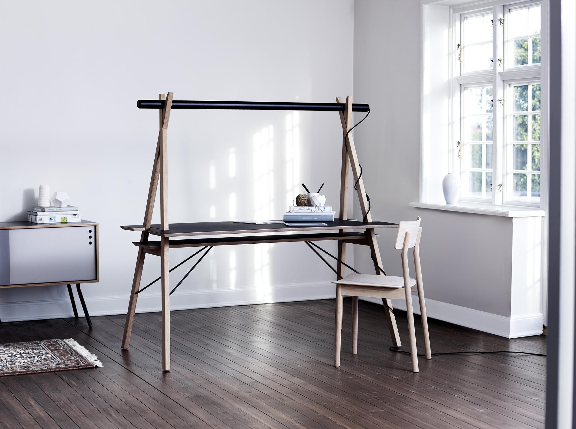 un bureau domicile des mod les compacts et design madame. Black Bedroom Furniture Sets. Home Design Ideas