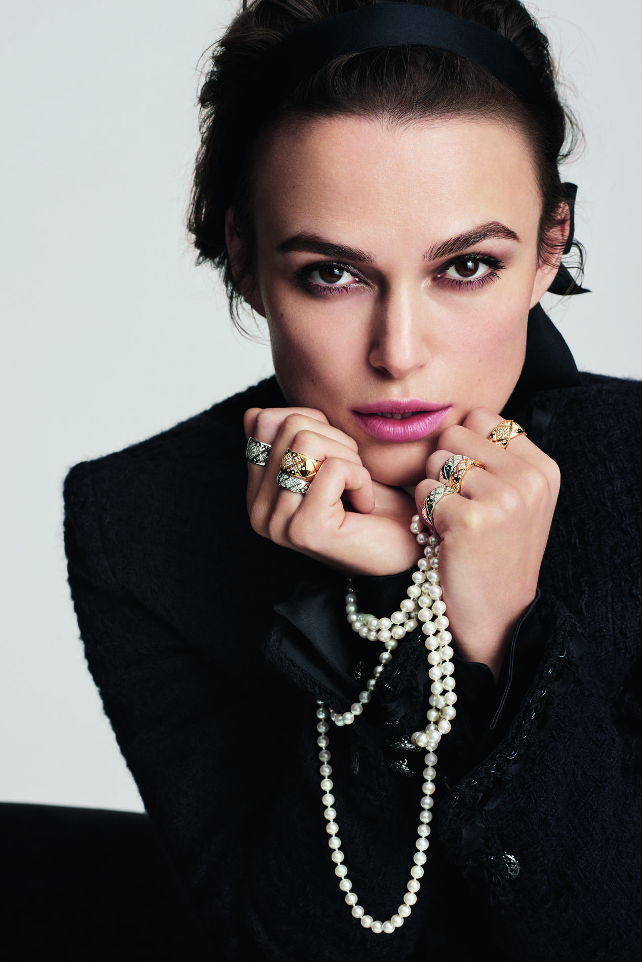 keira knightley nouvelle g rie chanel joaillerie madame figaro. Black Bedroom Furniture Sets. Home Design Ideas