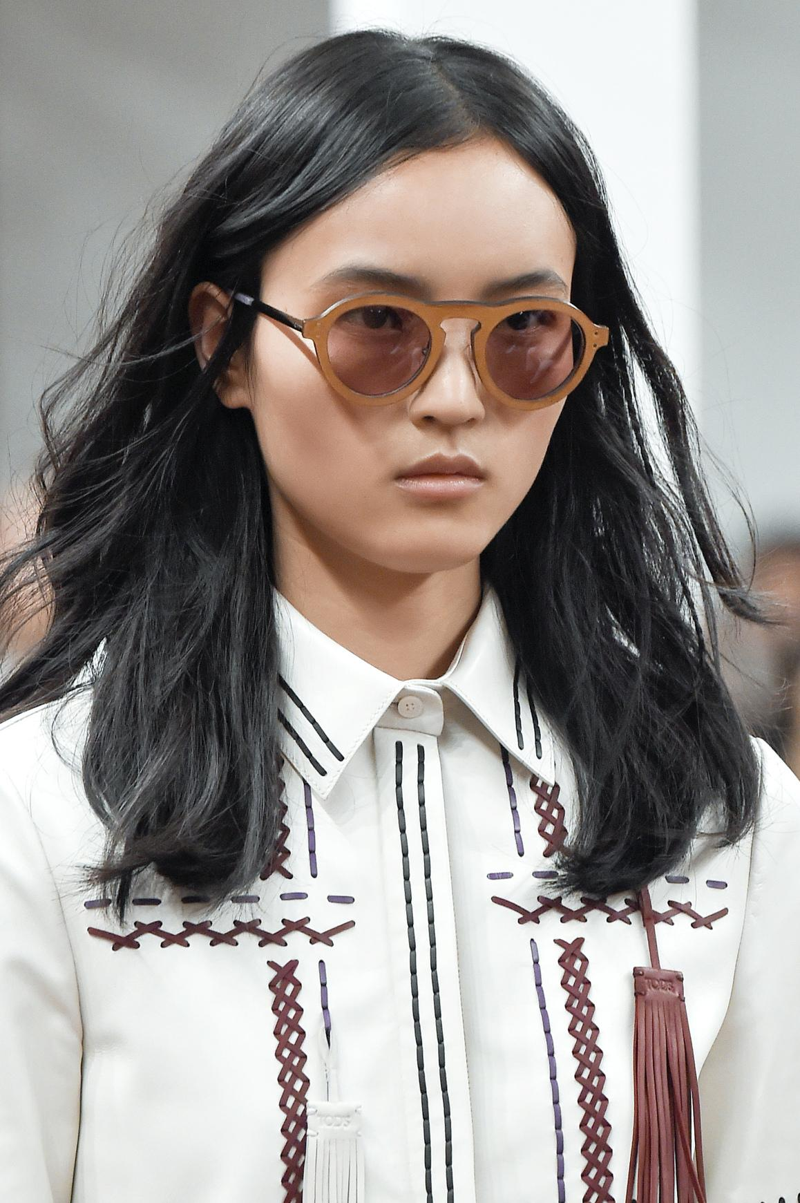 Coupe cheveux d grad effil mi long fashion designs - Coupe de cheveux effile sauvage ...