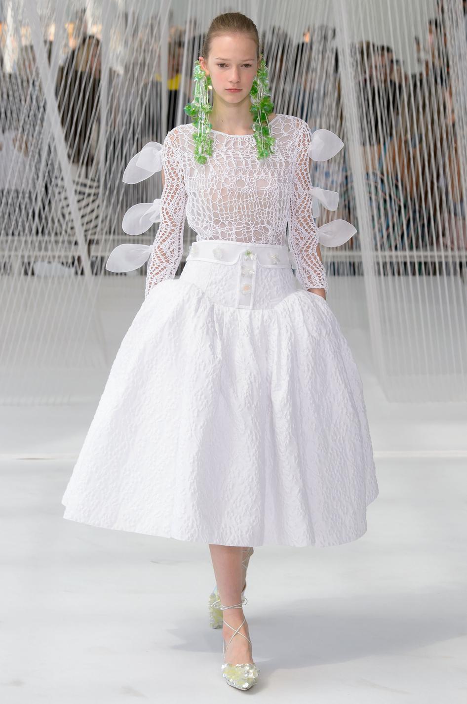 NYFW : les alternatives à la robe de mariée traditionnelle - Boss ...