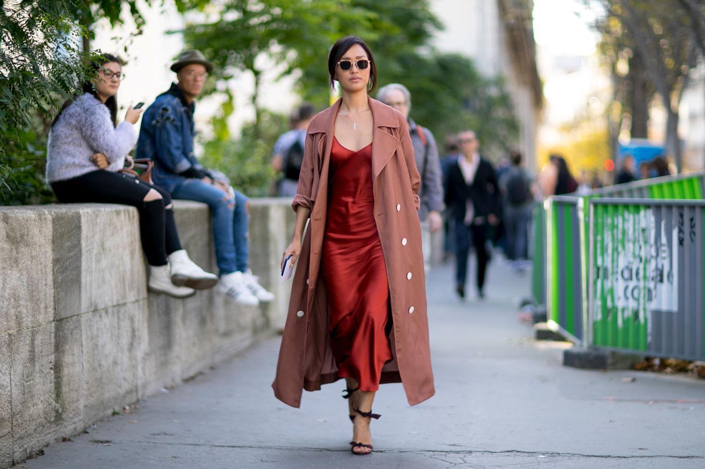 Street Style 50 Nuances D 39 Automne La Fashion Week De Paris Madame Figaro