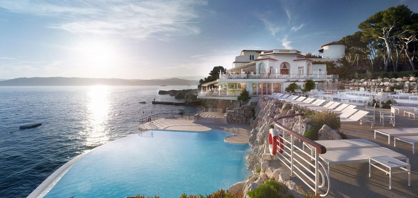 hôtel de luxe bord de mer