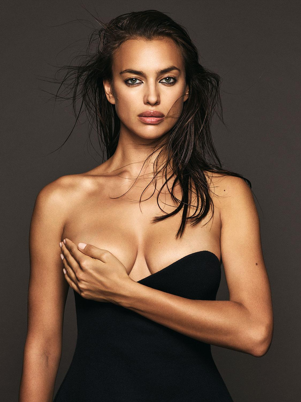 Irina Shayk Nude Photos 40