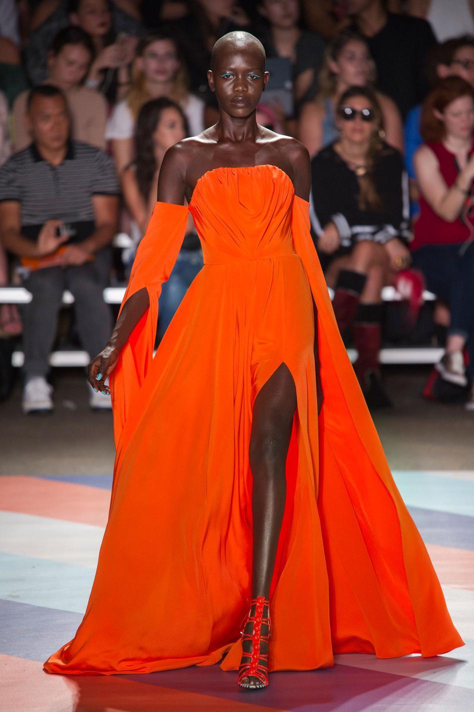 Les Robes Les Plus Spectaculaires De La Fashion Week Printemps