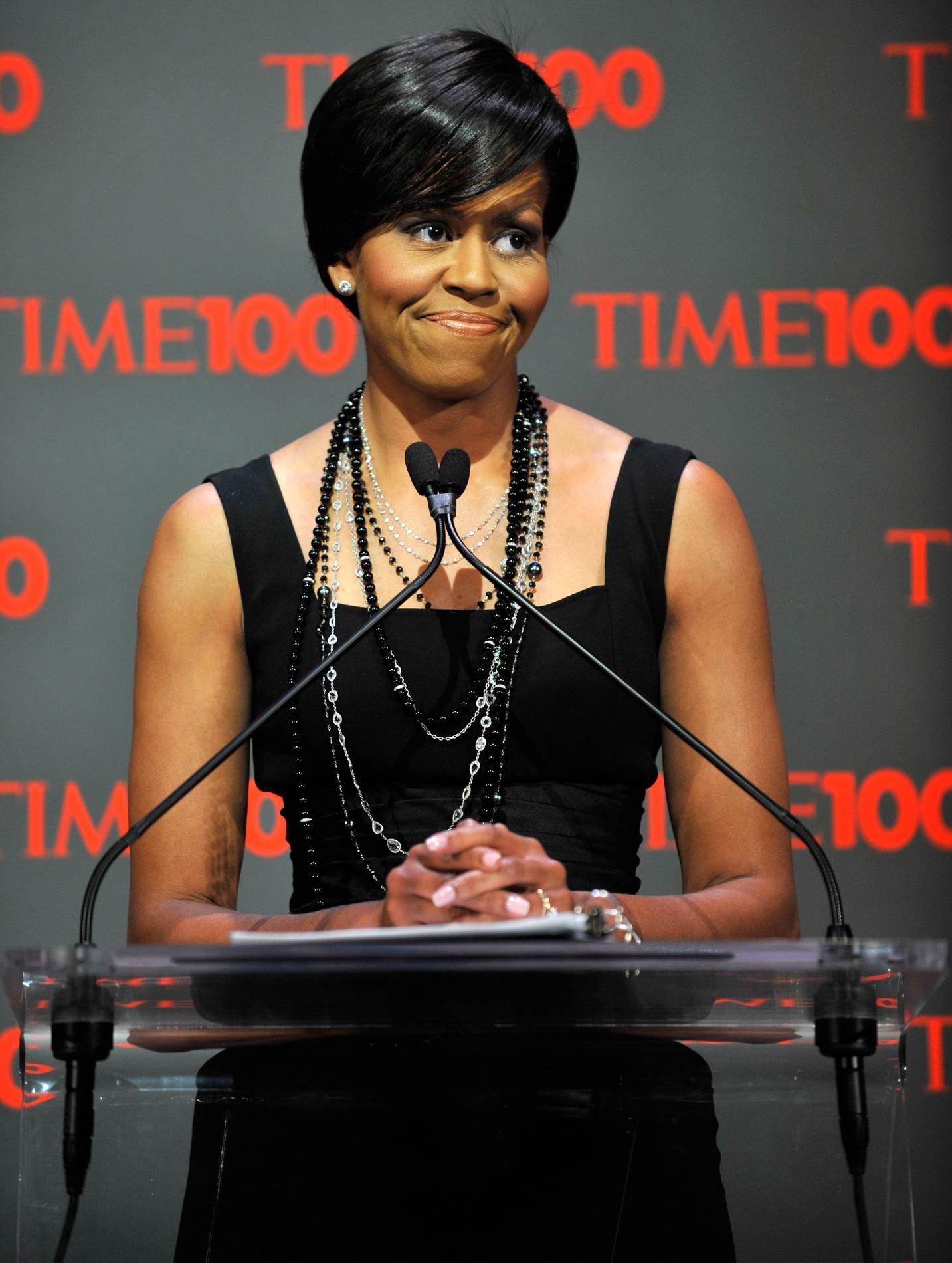 michelle obama   ses plus belles coiffures de premi u00e8re
