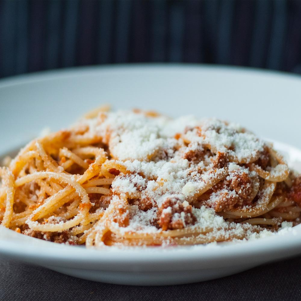 Recette spaghetti la bolognaise cuisine madame figaro for Alba cuisine italienne