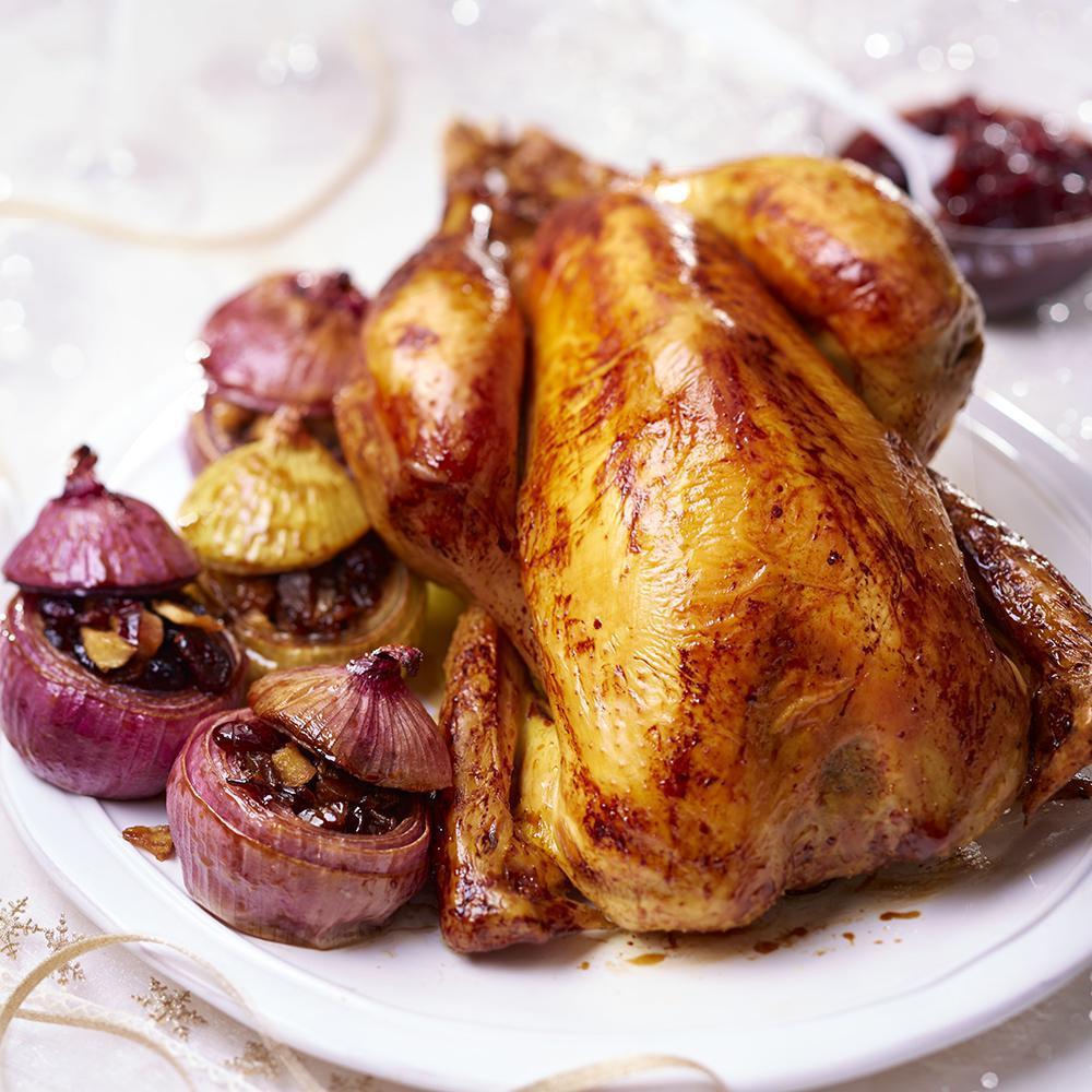 Toutes nos plus belles recettes de chapon farci pour no l cuisine madame figaro - Recette de viande pour le reveillon ...
