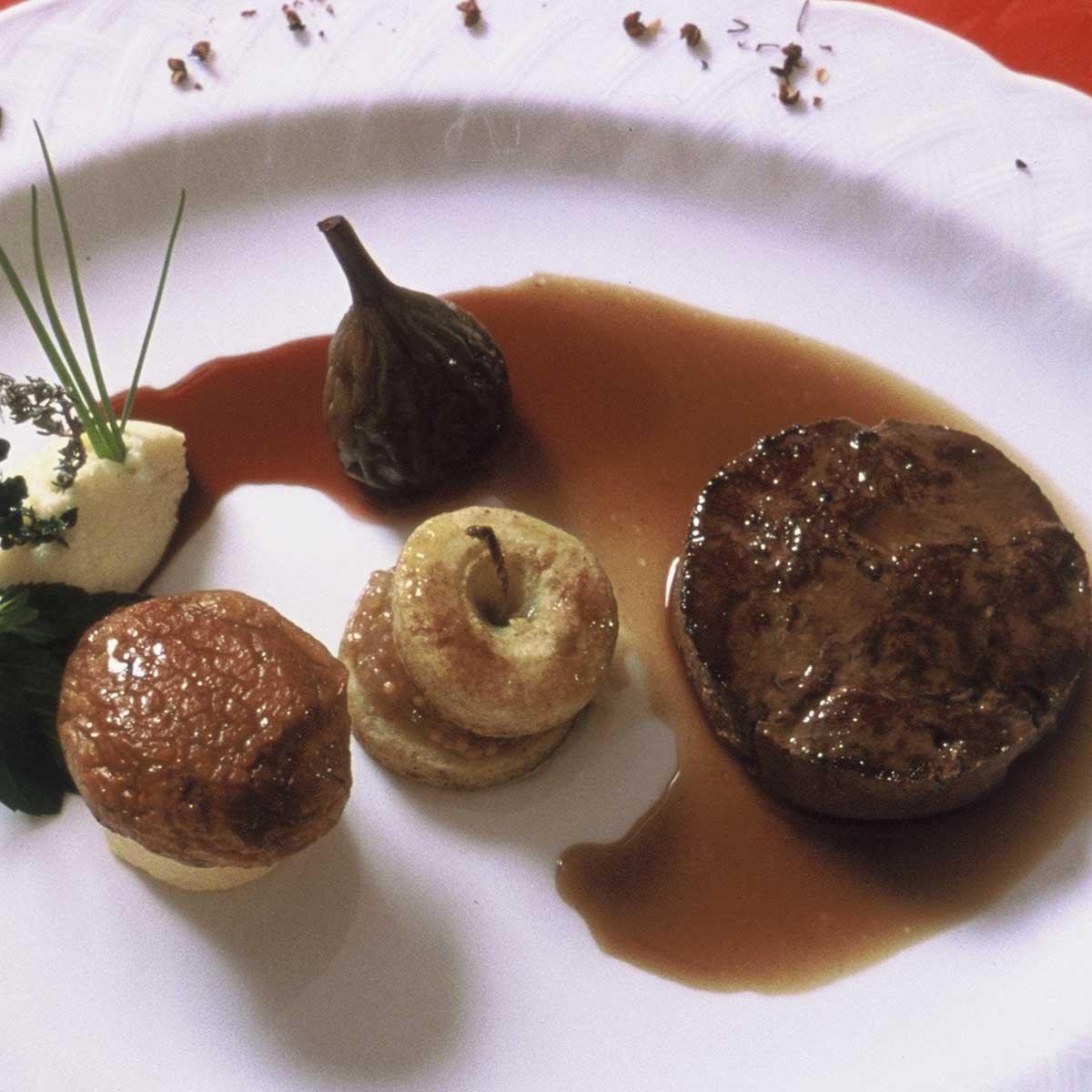 Biche sanglier faisan nos plus belles recettes de - Cuisiner gigot de chevreuil ...
