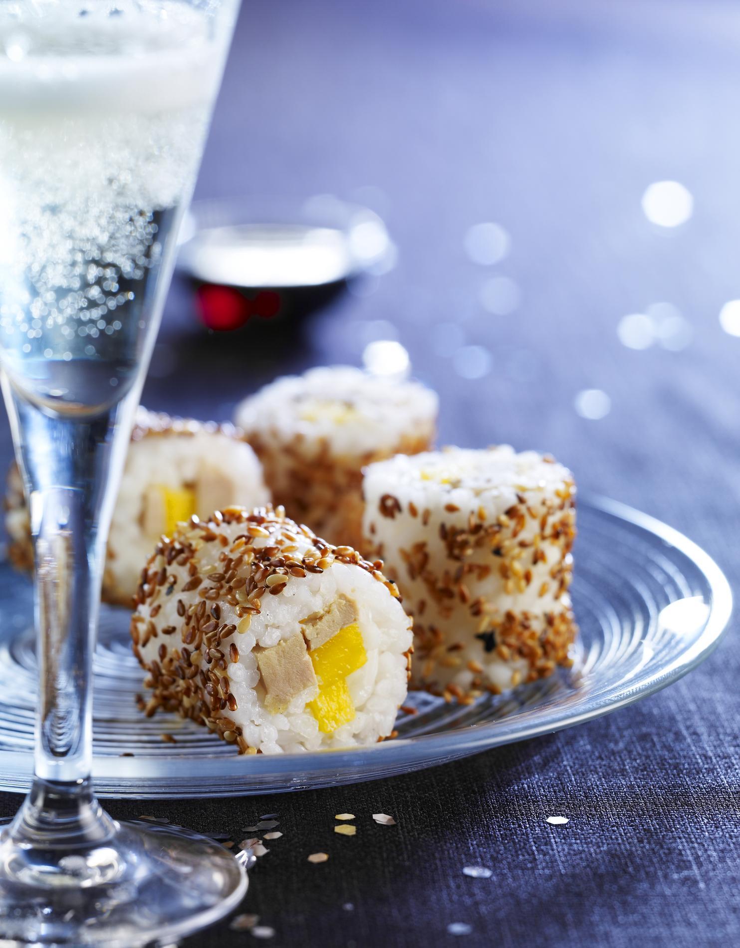 quinze recettes festives de verrines toasts ou cakes pour l 39 ap ritif de no l cuisine madame. Black Bedroom Furniture Sets. Home Design Ideas