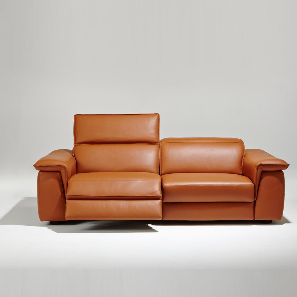 sept conseils pour bien choisir son canap madame figaro. Black Bedroom Furniture Sets. Home Design Ideas