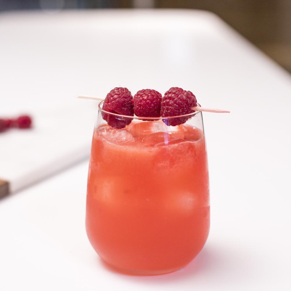 Recette cocktail p tillant triple sec et framboise for Deco cuisine framboise
