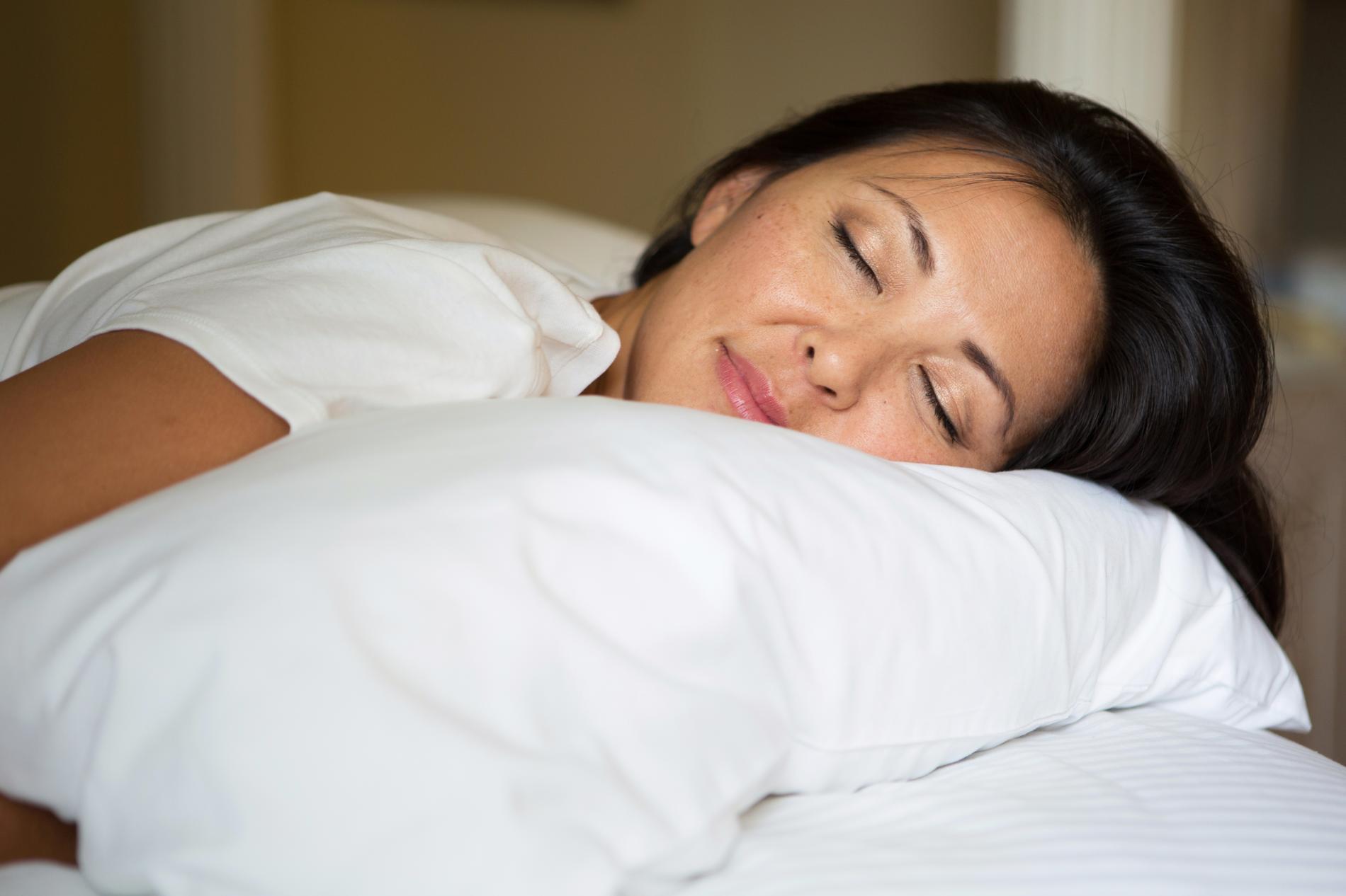 sommeil 10 accessoires pour s 39 endormir plus facilement. Black Bedroom Furniture Sets. Home Design Ideas