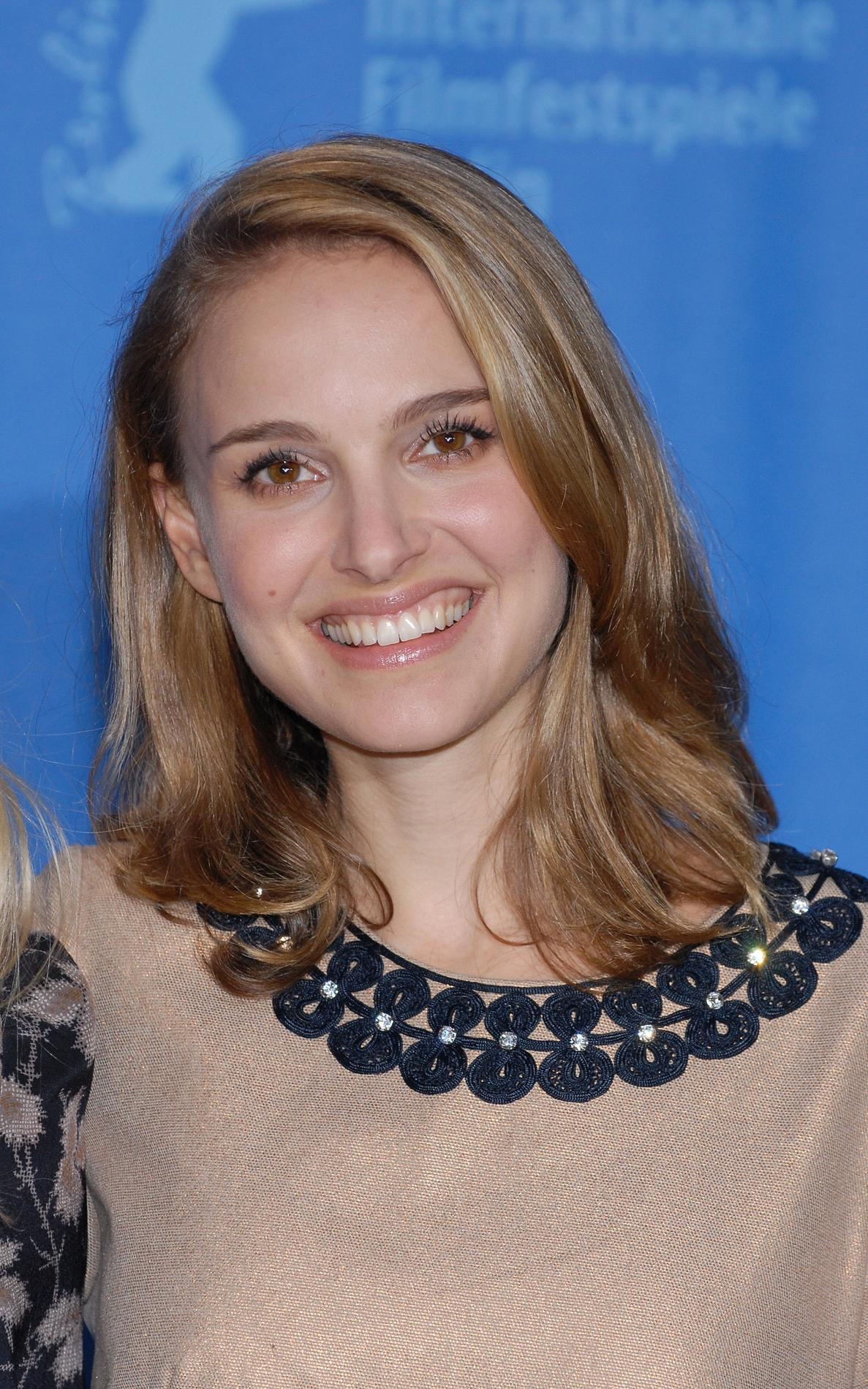 coupe cheveux long natalie portman