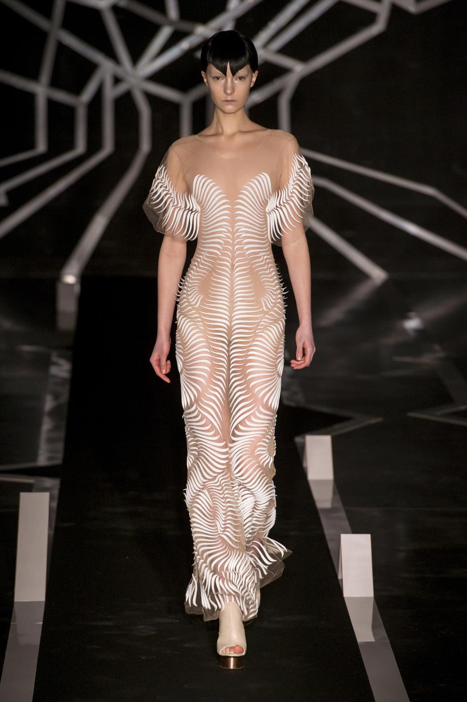 Connu Chanel, Dior, Elie Saab Les plus belles robes couture HQ41