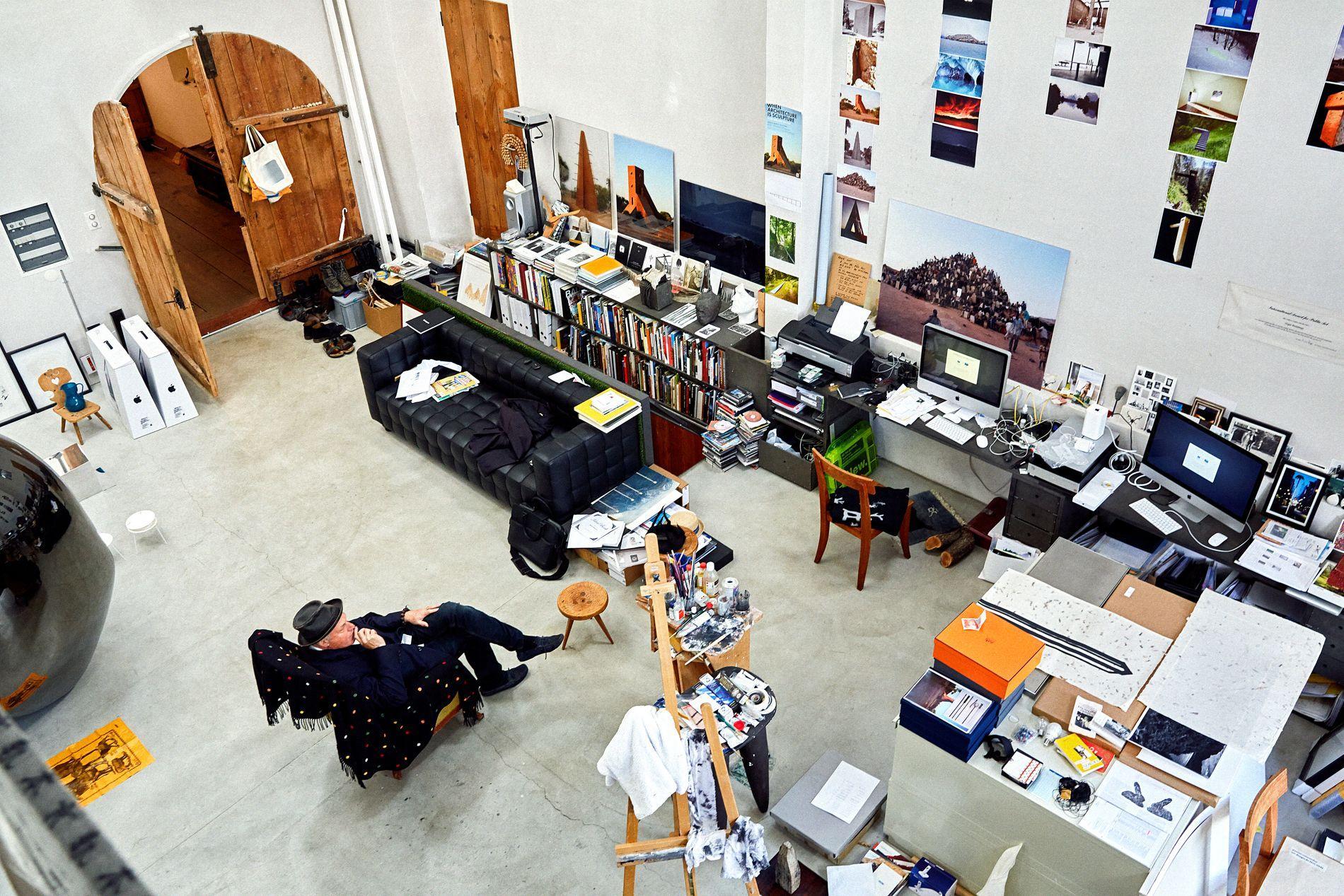 not vital et ses maisons hors normes travers le monde. Black Bedroom Furniture Sets. Home Design Ideas