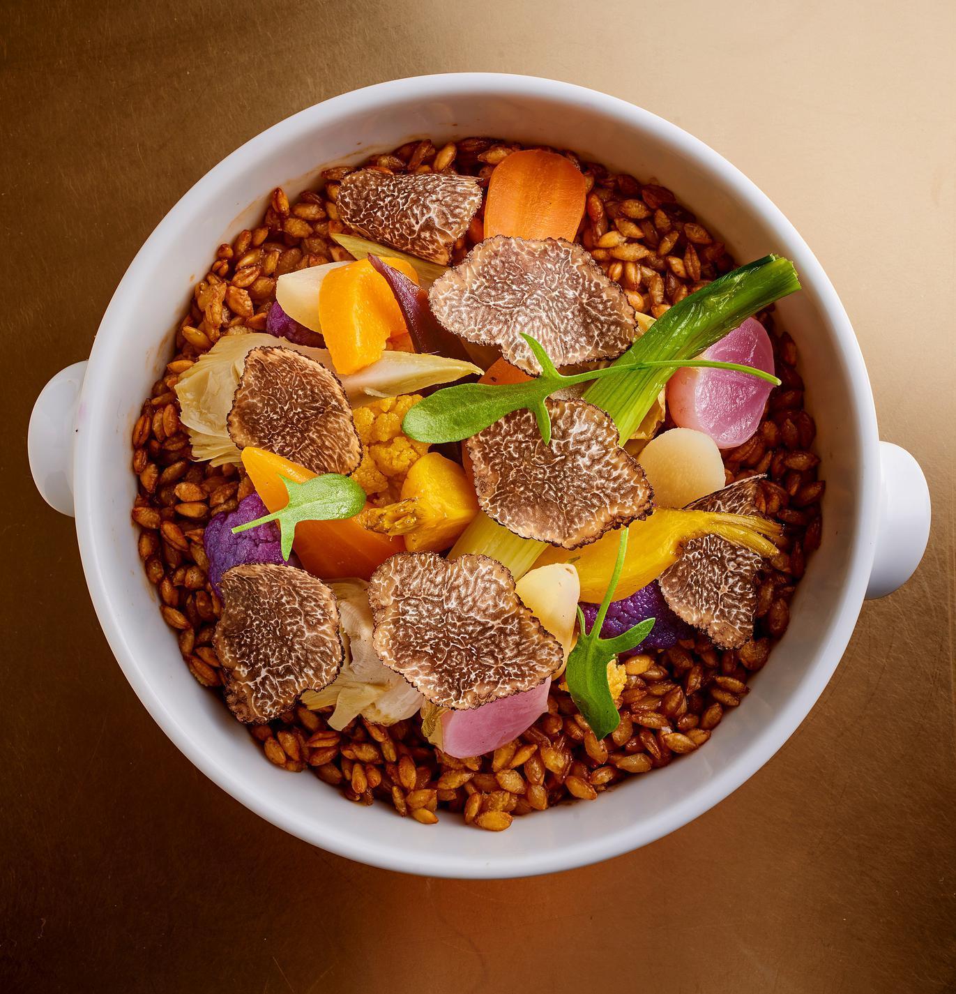 Les recettes signature des chefs toil s cuisine madame figaro - Recette de cuisine simple avec des legumes ...