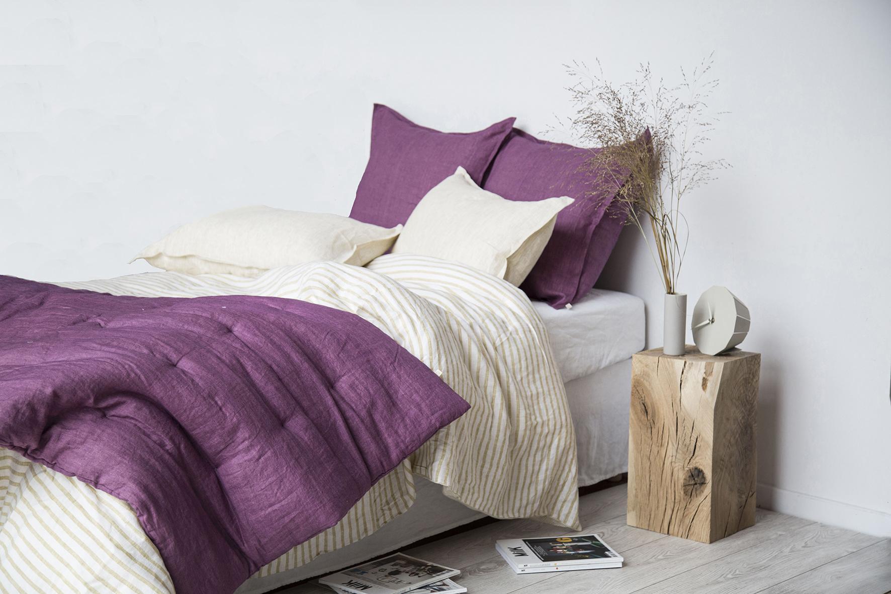 placement du lit pour bien dormir best feng shui orientation du lit pour dormir charmant. Black Bedroom Furniture Sets. Home Design Ideas
