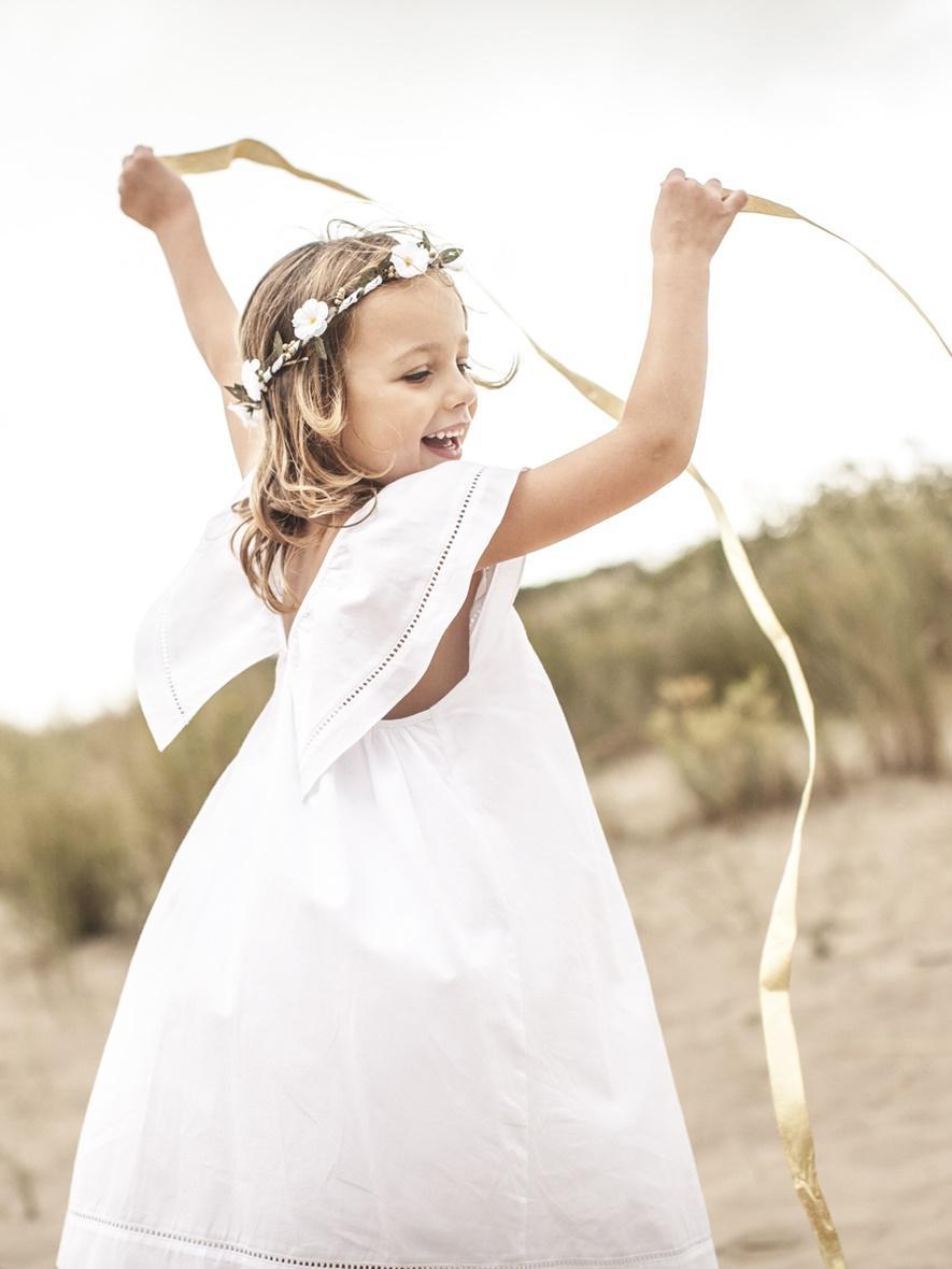 Jacadi bonpoint zara jolies tenues de cort ge pour for Jolies filles s habillent pour les mariages