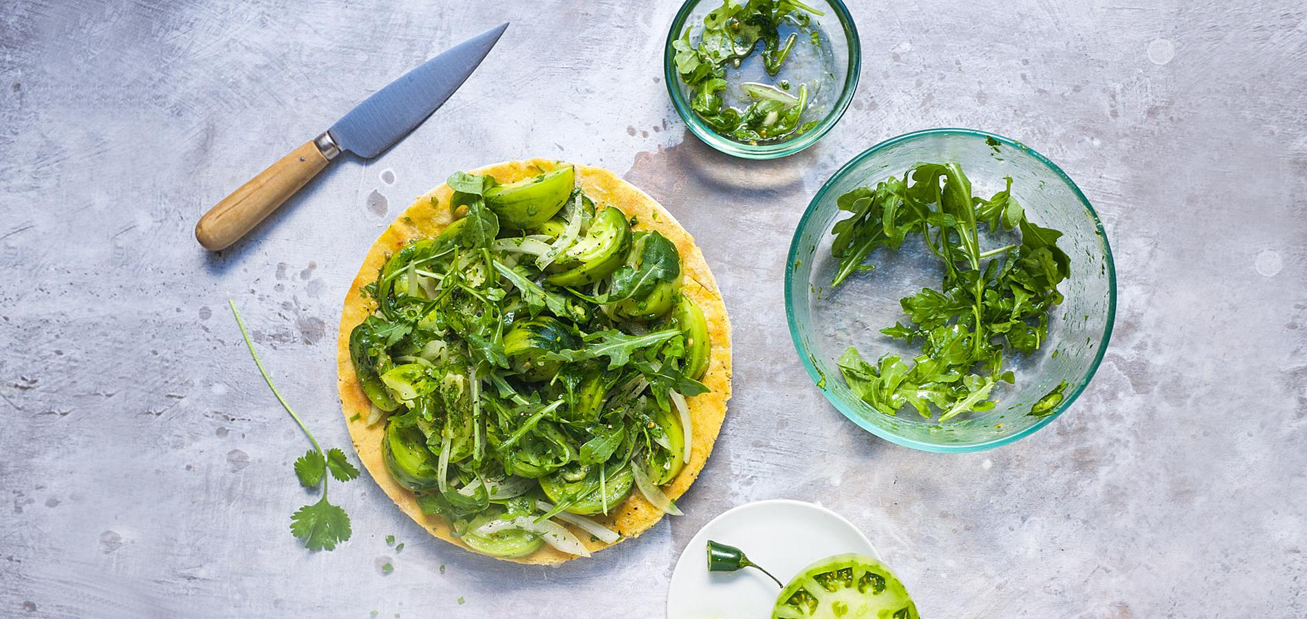On succombe la tendance des assiettes monochromes for Assiette cuisine