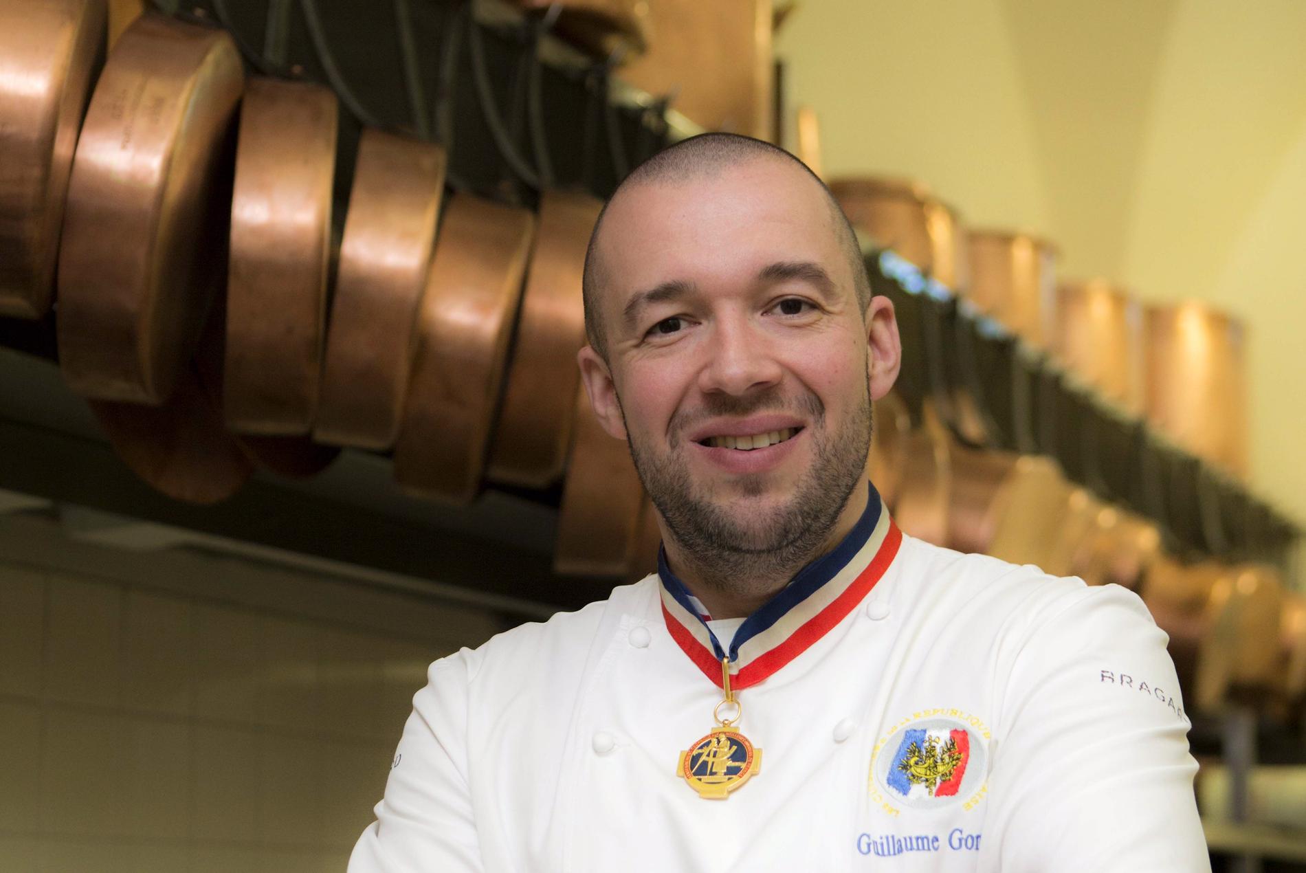Guillaume gomez un chef normal aux commandes des cuisines - What does a chef de cuisine do ...