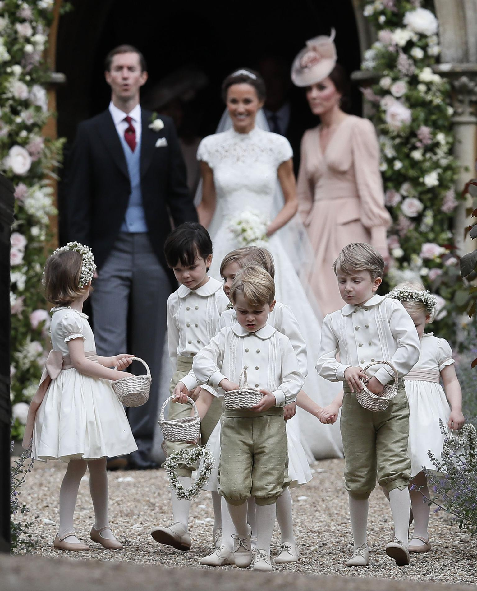 pippa middleton toutes les photos de son mariage avec james matthews madame figaro. Black Bedroom Furniture Sets. Home Design Ideas