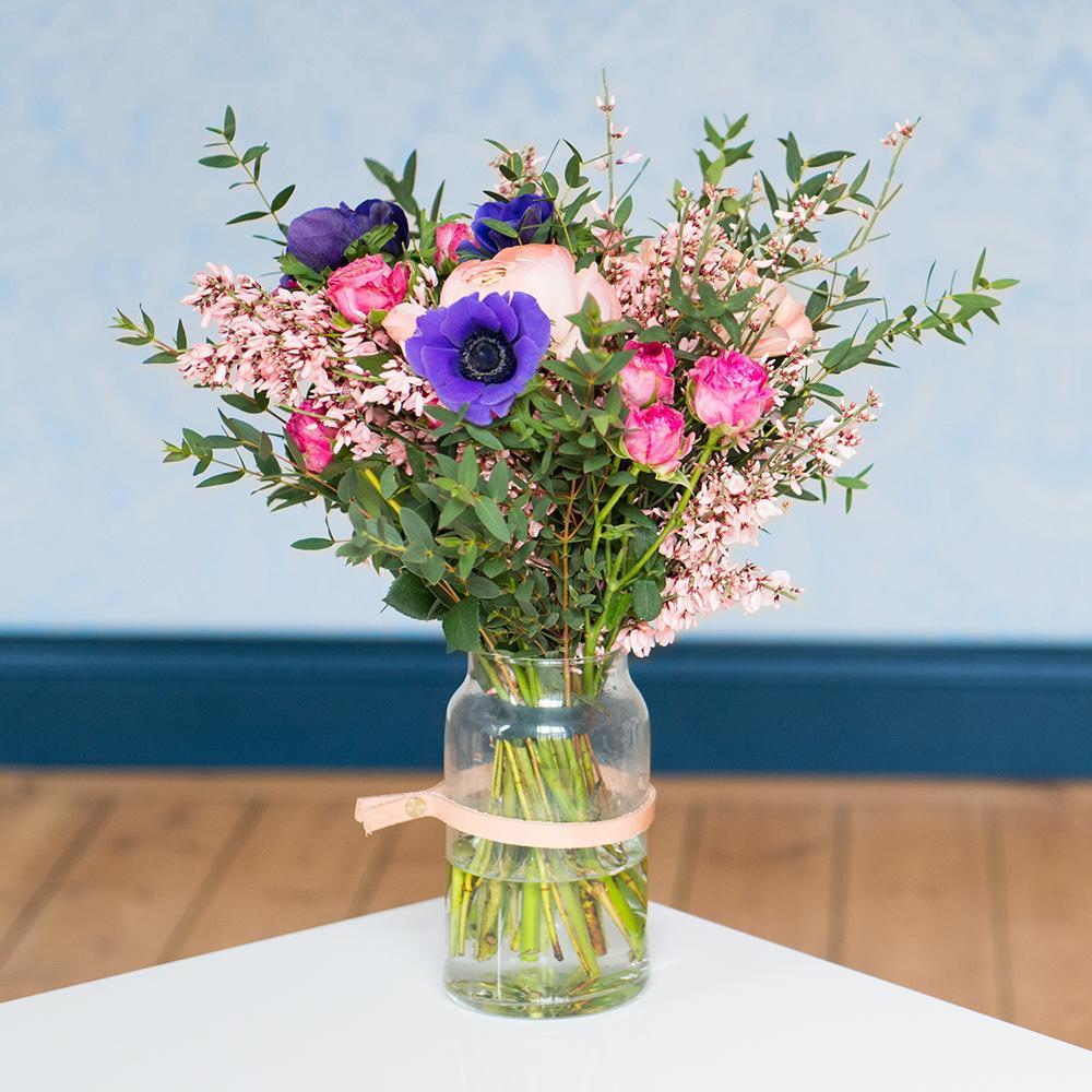 gagnez un an de bouquets de fleurs avec monsieur marguerite madame figaro. Black Bedroom Furniture Sets. Home Design Ideas