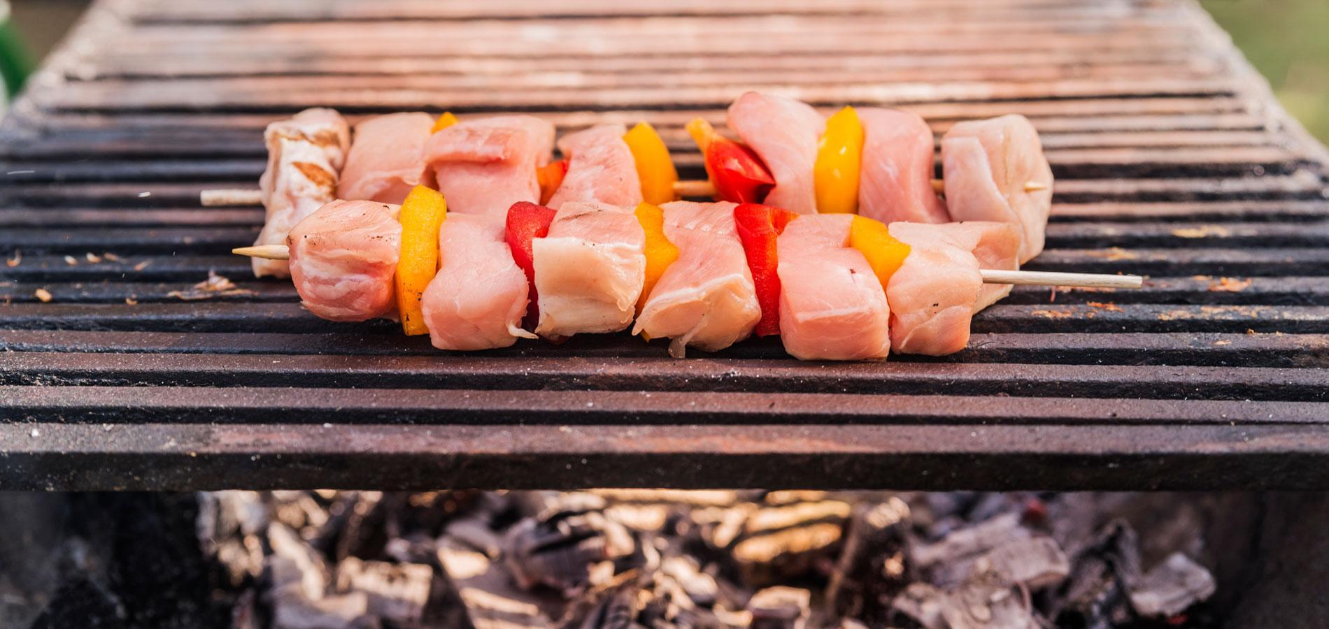 Trois m thodes pour r ussir l allumage de son barbecue du for Comment allumer un barbecue