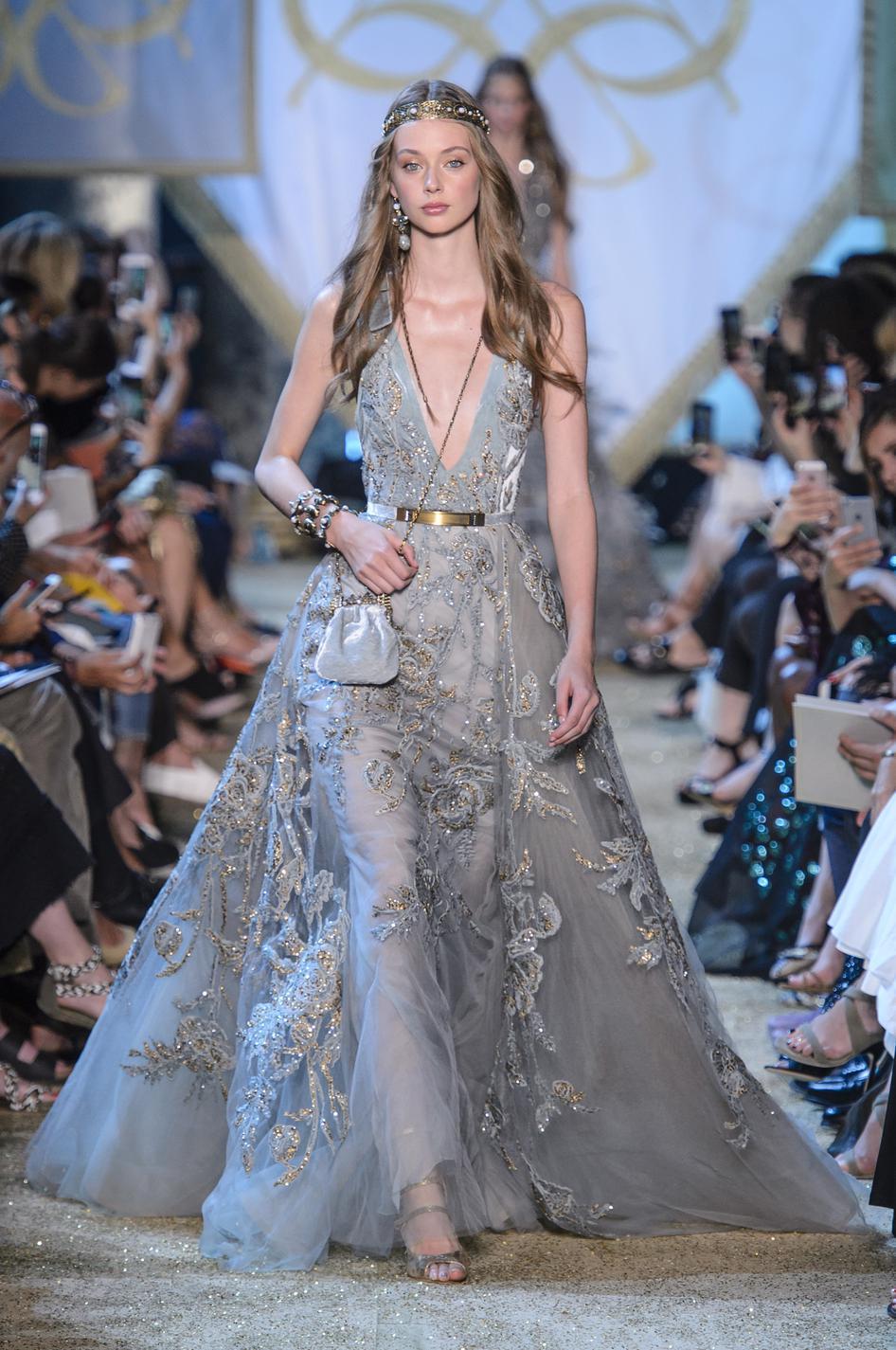 Préférence Dior, Chanel, Elie Saab : les robes du soir ont encore SC63