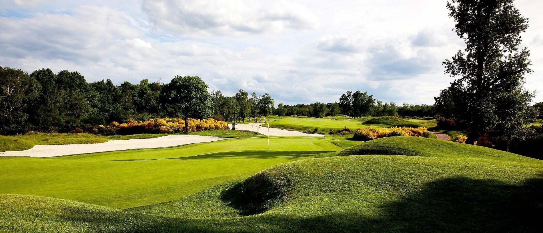 """Résultat de recherche d'images pour """"golf des bordes"""""""