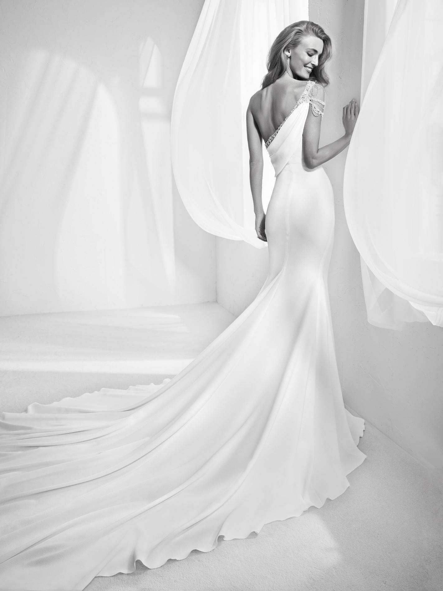 Les plus belles robes de mariée dos,nu 2018 , Atelier Pronovias