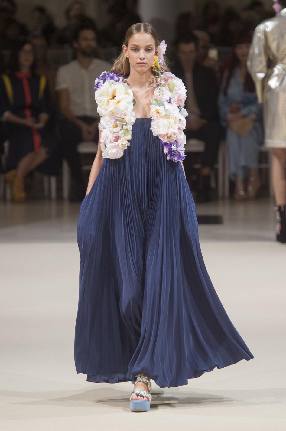 ... Les plus belles robes du soir de la Fashion Week printemps-été 2018 -  Alexis Mabille ... a7c53f619aa
