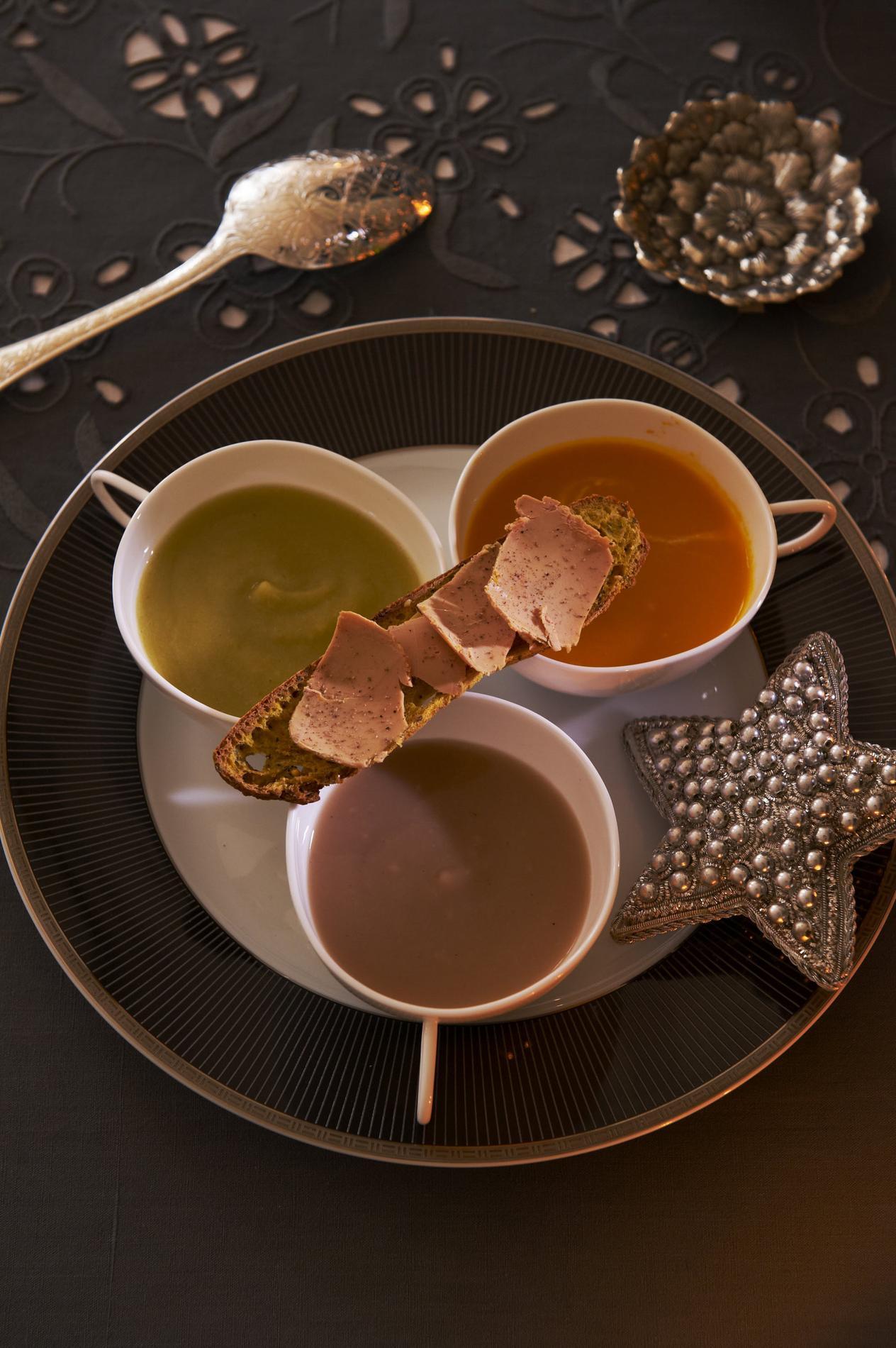 recette velout de l gumes et tartine de foie gras cuisine madame figaro. Black Bedroom Furniture Sets. Home Design Ideas