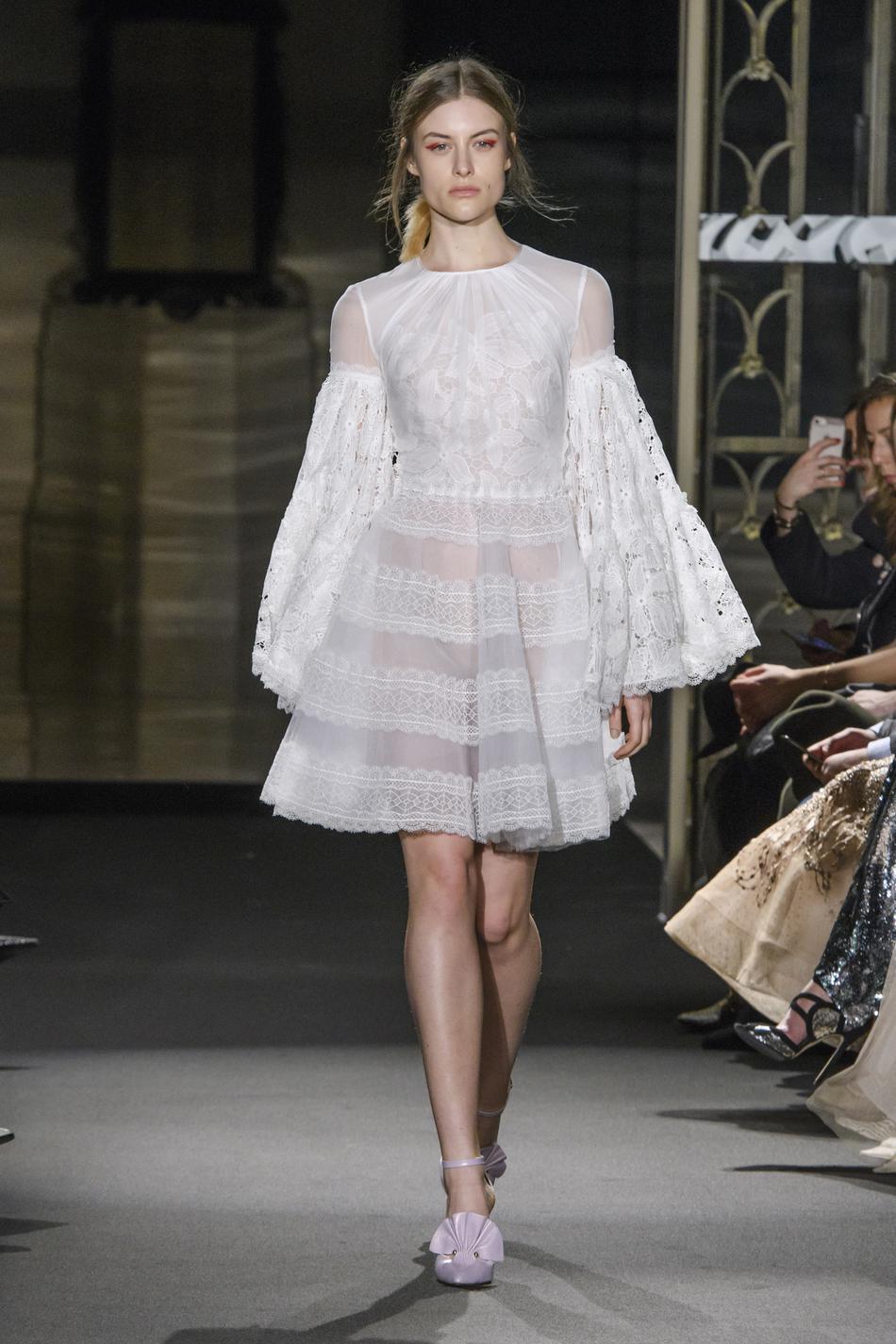 robes de mariée haute couture printemps,été 2018 Les robes de mariée  haute couture printemps,été 2018 Les robes de mariée haute couture  printemps,été