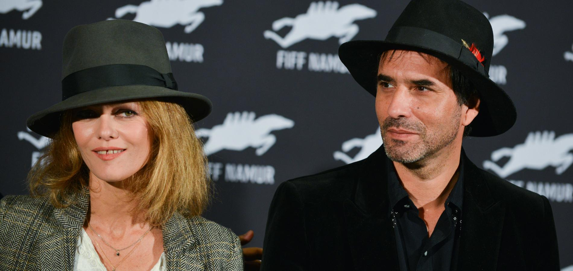 Vanessa Paradis et Samuel Benchetrit lors du photocall du film Chien.  (Festival du film francophone de Namur, Belgique, 5 octobre 2017.)