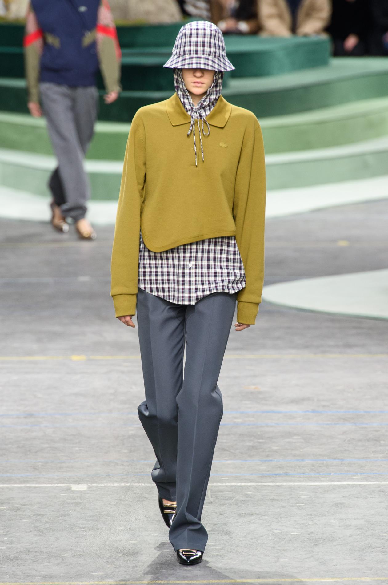 Le Sportwear Figaro De Velours Denim Madame Chic Lacoste wvpqR5n8R