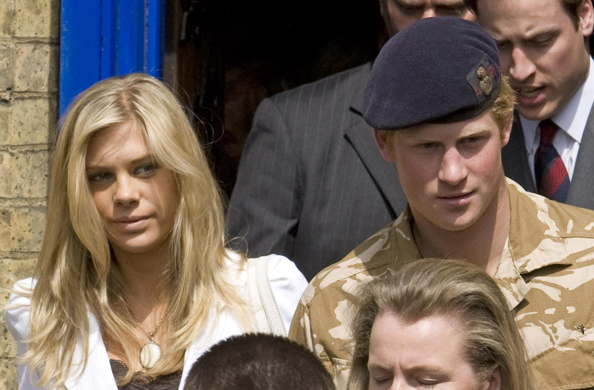 29/12/2008 Shirtless Prince Harry and Chelsy Davy in