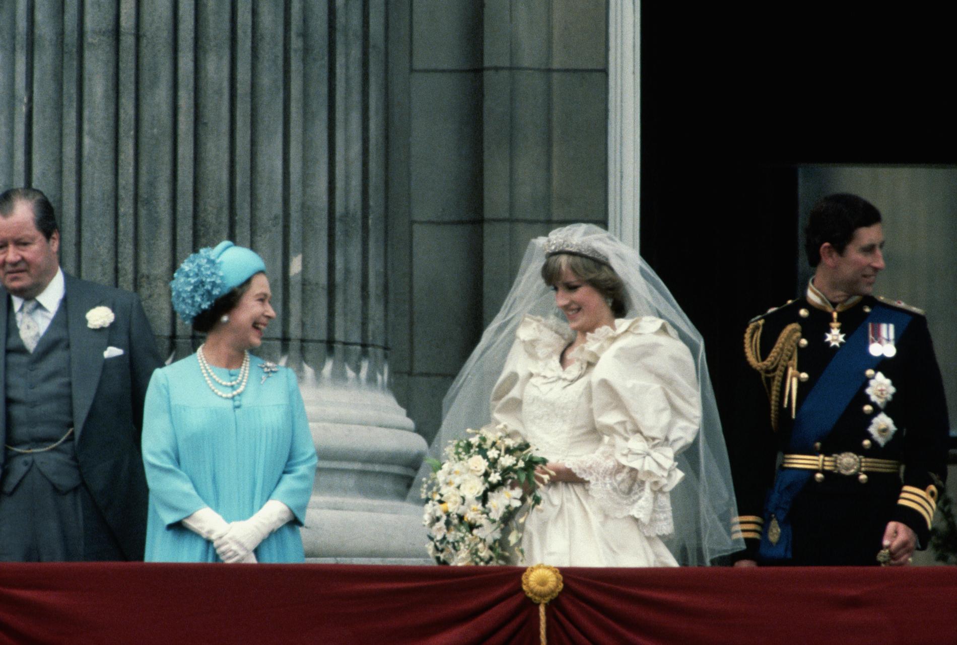 Les tenues de mariage de la reine d\u0027Angleterre Elizabeth II , 1961
